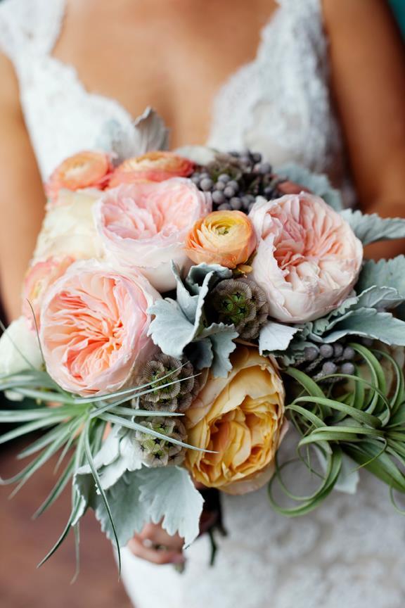 Weddings_SB_BridalBouquetDress.jpg
