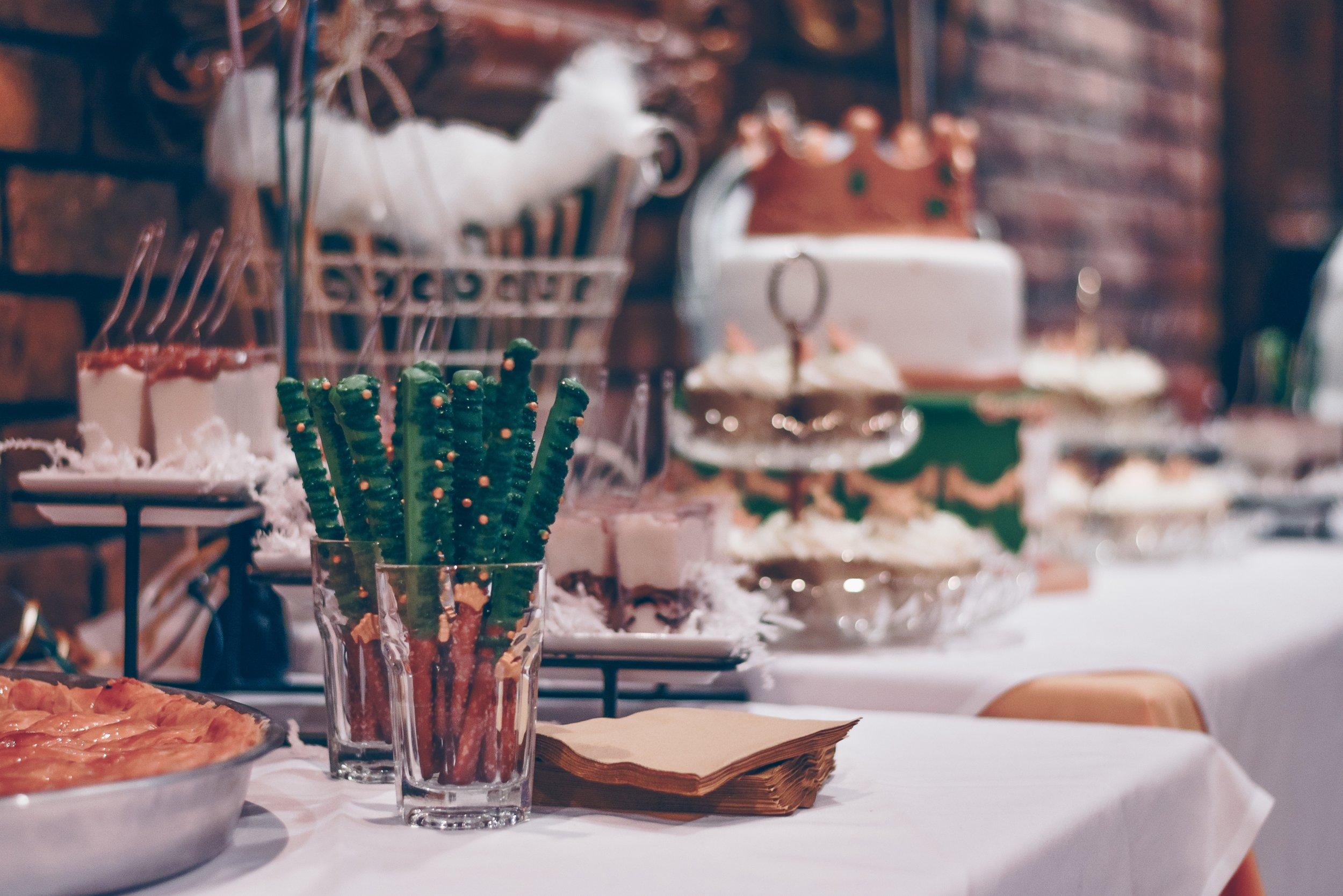birthday-cake-blur-catering-903415.jpg