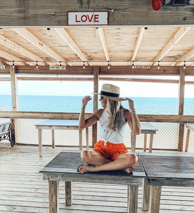 🤟 • • • • Tag us @ExumasExperience #ExumasExperience to be featured. #travelawesome #travels #exumas #exumabahamas #travelplans #stanielcay #compasscay  #traveltheworld #travelblogger #travelbuddies  #travelbug #travelers #travelexploring #travelguide #traveling #travelinggram   #traveltheworld #tropical #tropicalparadise #wanderlust #wanderoften  #beachresorts #beachlifestyle #beachliving #tropicalisland #tropicalwayoflife #wanderlusters #travelismylife #wanderfar  @wellnessjovi 