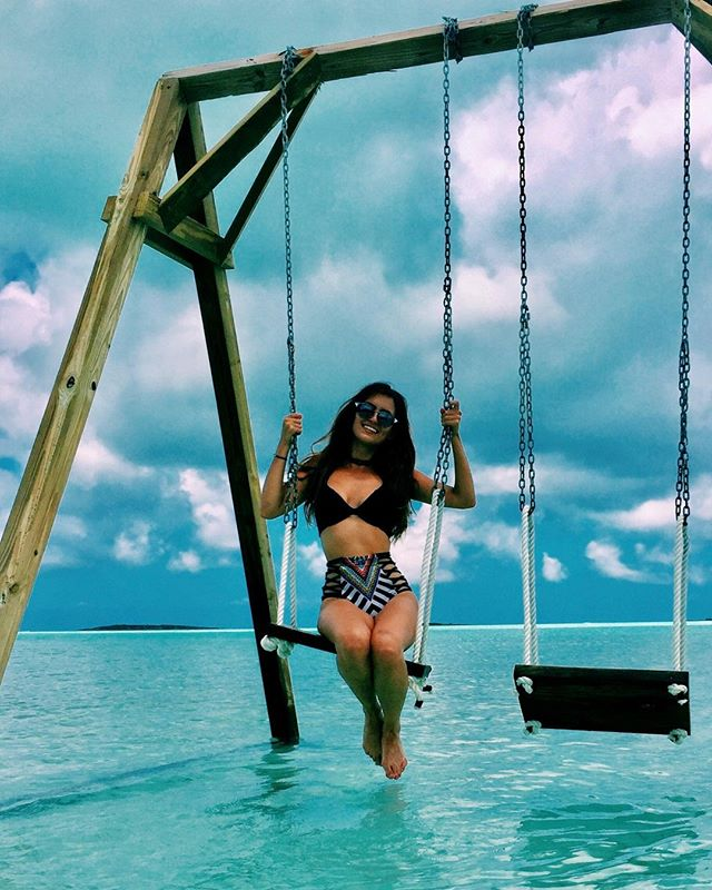 Do you even come to the Exumas if you don't find these swings & take a picture? 🤣 • • • • Tag us @ExumasExperience #ExumasExperience to be featured. #travelawesome #travels #exumas #exumabahamas #travelplans #stanielcay #compasscay  #traveltheworld #travelblogger #travelbuddies  #travelbug #travelers #travelexploring #travelguide #traveling #travelinggram   #traveltheworld #tropical #tropicalparadise #wanderlust #wanderoften  #beachresorts #beachlifestyle #beachliving #tropicalisland #tropicalwayoflife #wanderlusters #travelismylife #wanderfar 📷 @x.sheyz.x