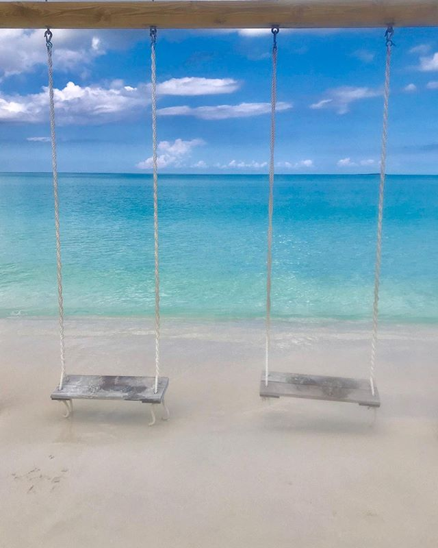 Creating memories in the Bahamas is what ties so many of us to the Bahamas🇧🇸🌴💦🥥🍍🐟  • • • • Tag us @ExumasExperience #ExumasExperience to be featured. #travelawesome #travels #exumas #exumabahamas #travelplans #stanielcay #compasscay  #traveltheworld #travelblogger #travelbuddies  #travelbug #travelers #travelexploring #travelguide #traveling #travelinggram   #traveltheworld #tropical #bahamasstrong #exumas #eleuthera #harborisland #nassau #outislands #letloverule #travelforgood #creatememories  📷 @gypseablonde