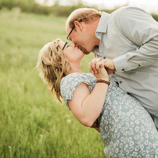 So much love💕 . . . #photographer #northwesternontario #fortfrances #fortfrancesphotographer #photography #couple #love #capturethemoment #couplephotographer #couplephotography #lovethem #beautiful