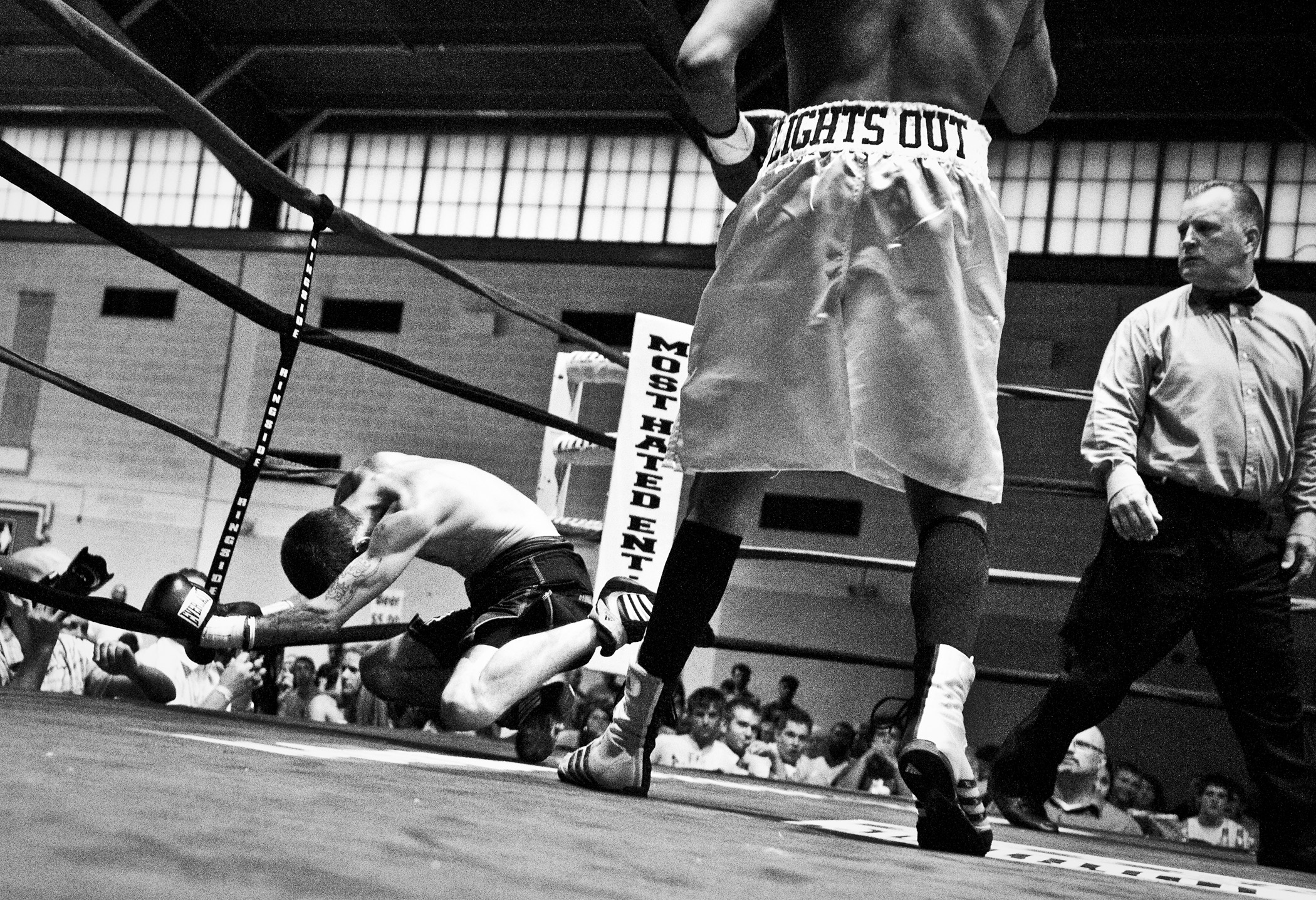 """Jeremy """"Lights Out"""" McLaurin knocks out Randy Ronchi after 56 seconds in the ring at the Glory Event on July 25, 2009 at the St. Paul Armory."""