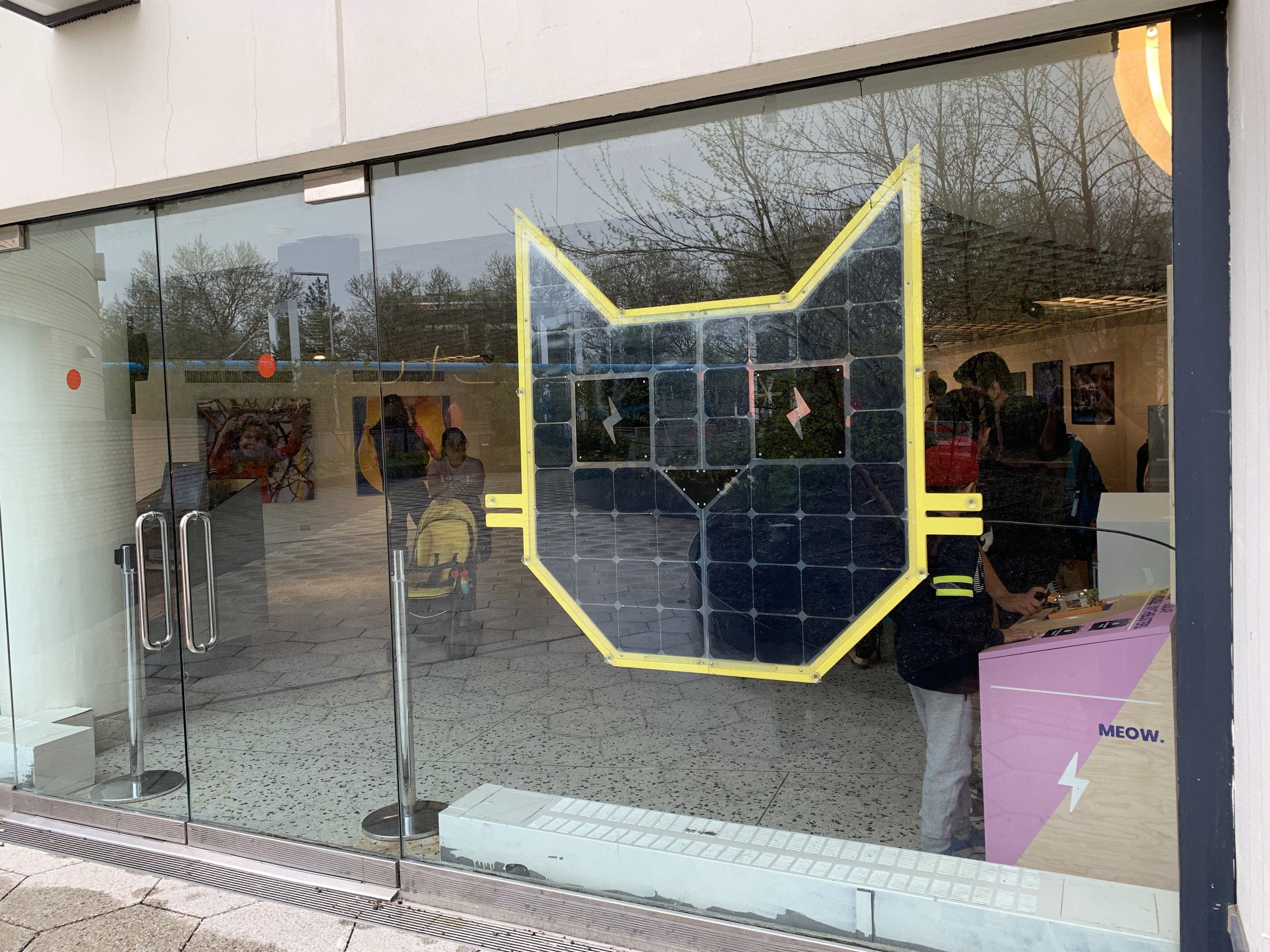 Grouphug-SolarCat.JPG