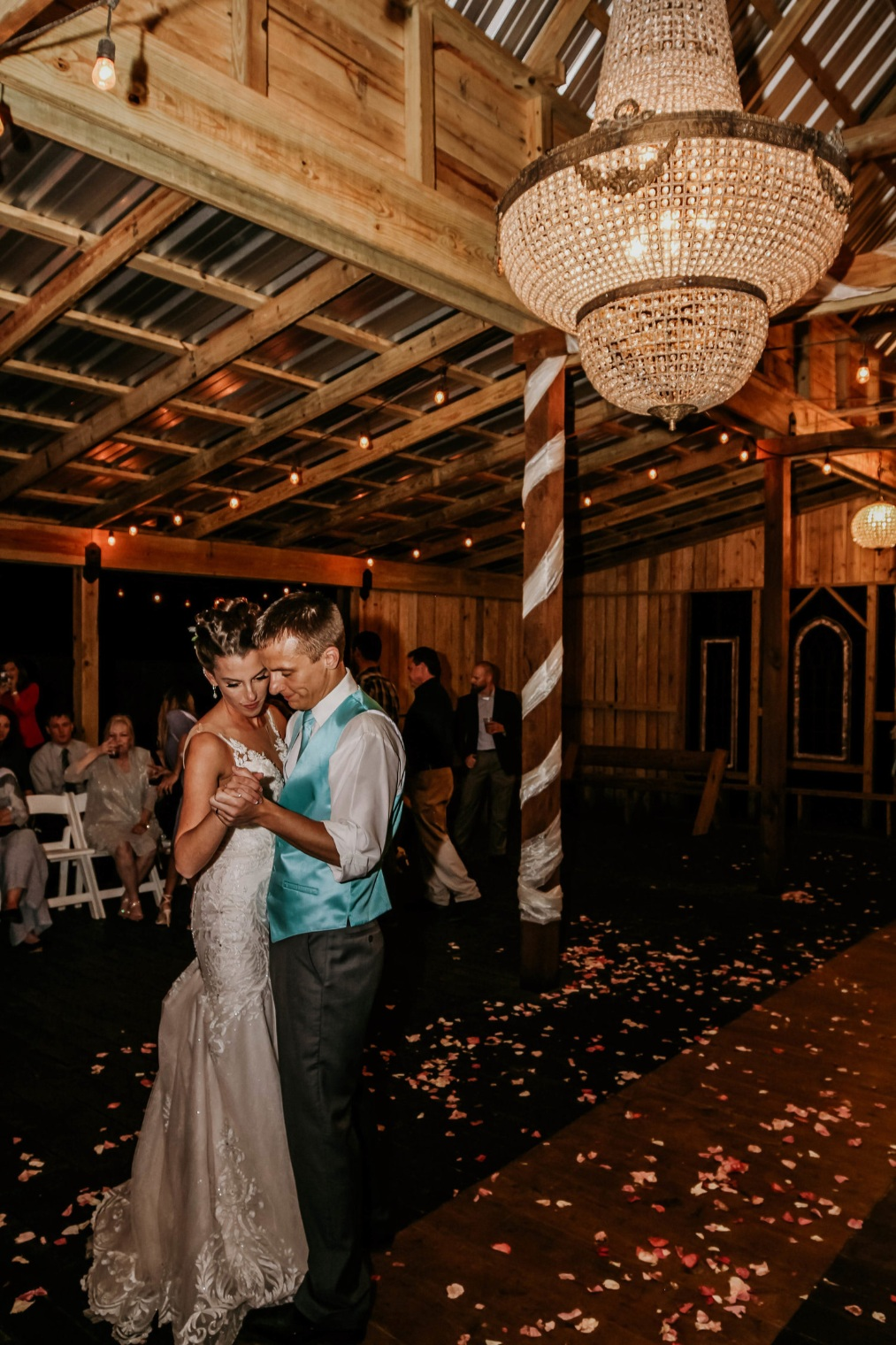 The Grand Hall At Deer Lake Lodge   Rustic Wedding Venue in Montgomery County TX   Ranch Style Wedding Venue North Houston   Texas Barn Wedding Venue   Texas Country Wedding Venue   Inexpensive Affordable Outdoor Wedding Venue Houston TX   Wedding Venues Conroe, Willis, Magnolia TX