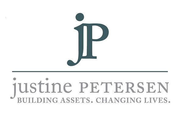 Justine PETERSEN.png