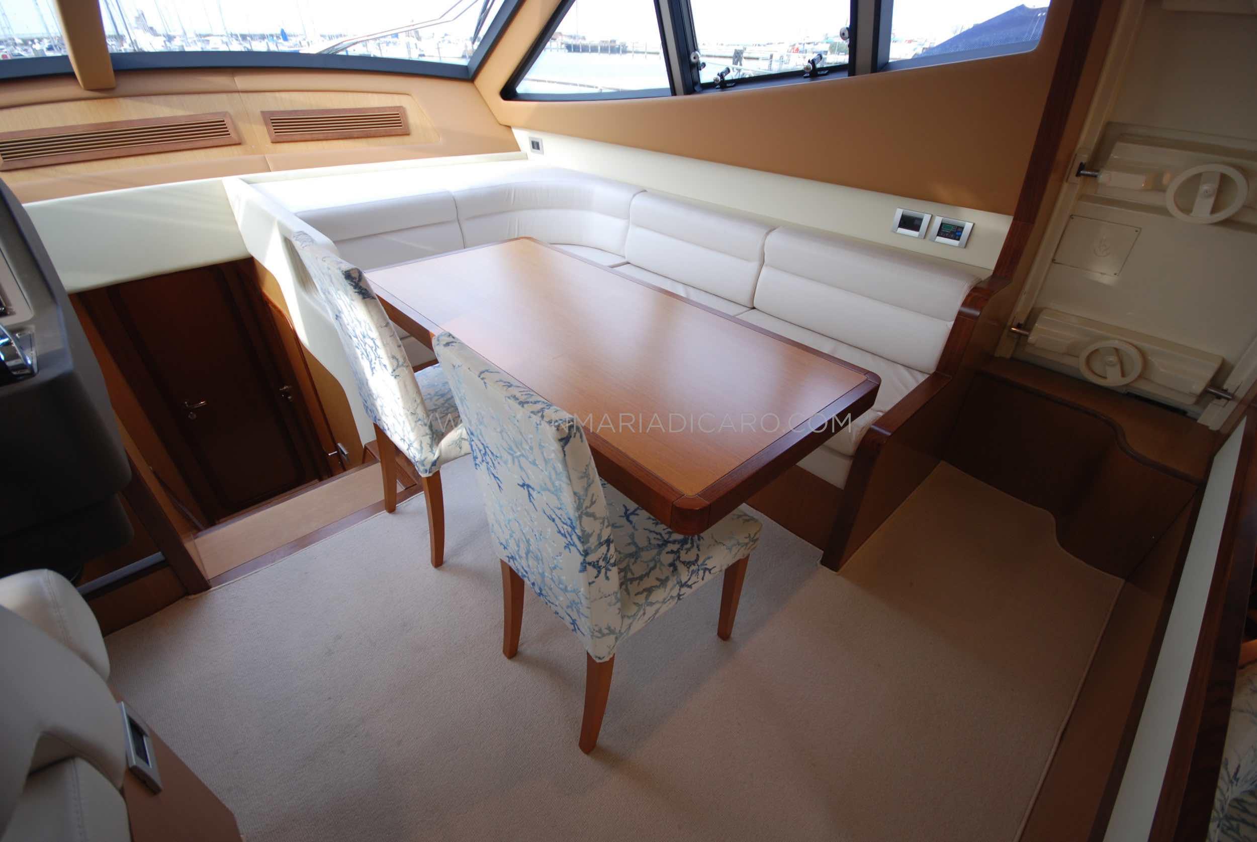 ferretti-altura-690-okabe-for-sale-9.jpg