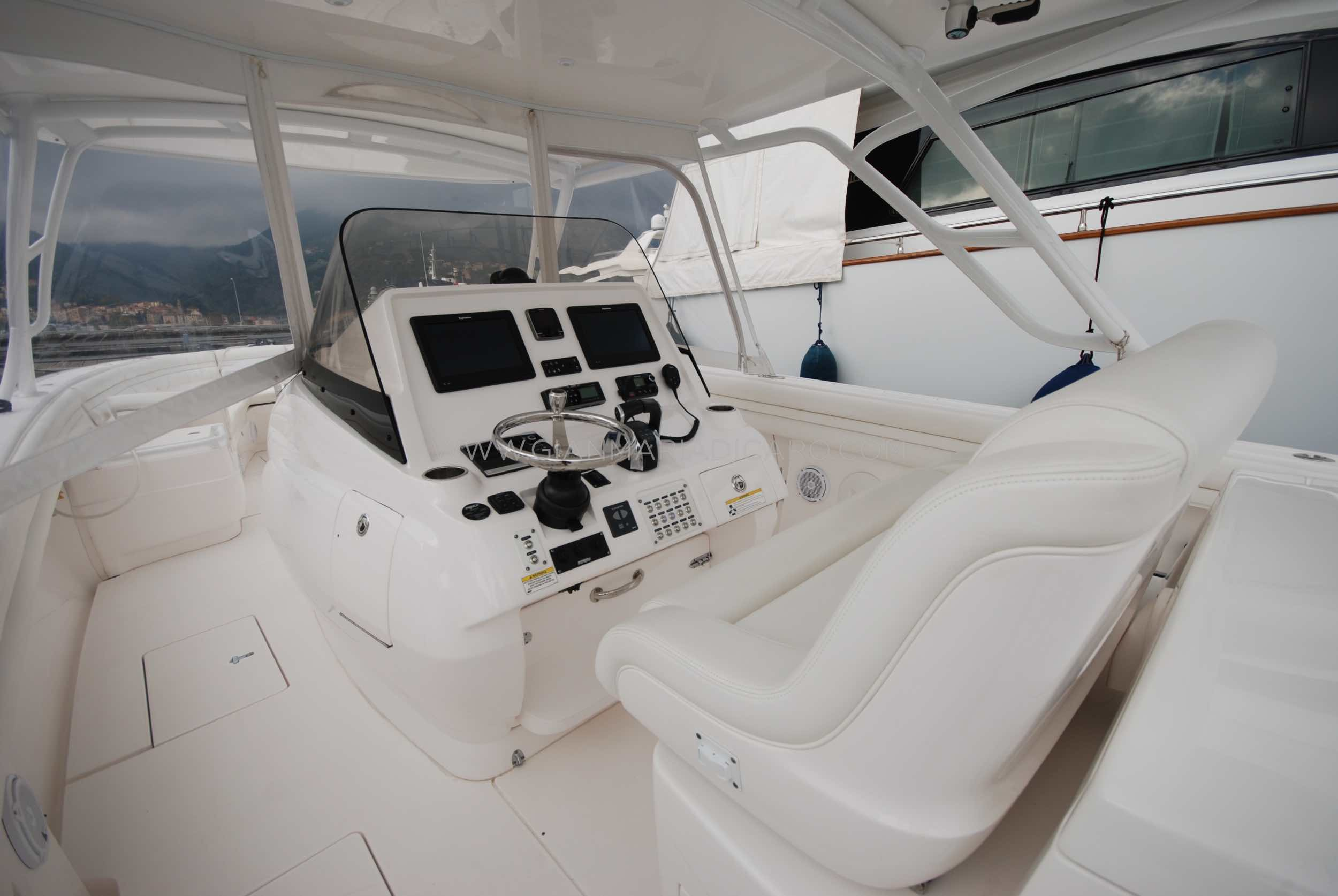 intrepid-400-centre-console-z-blonde-for-sale-9.jpg