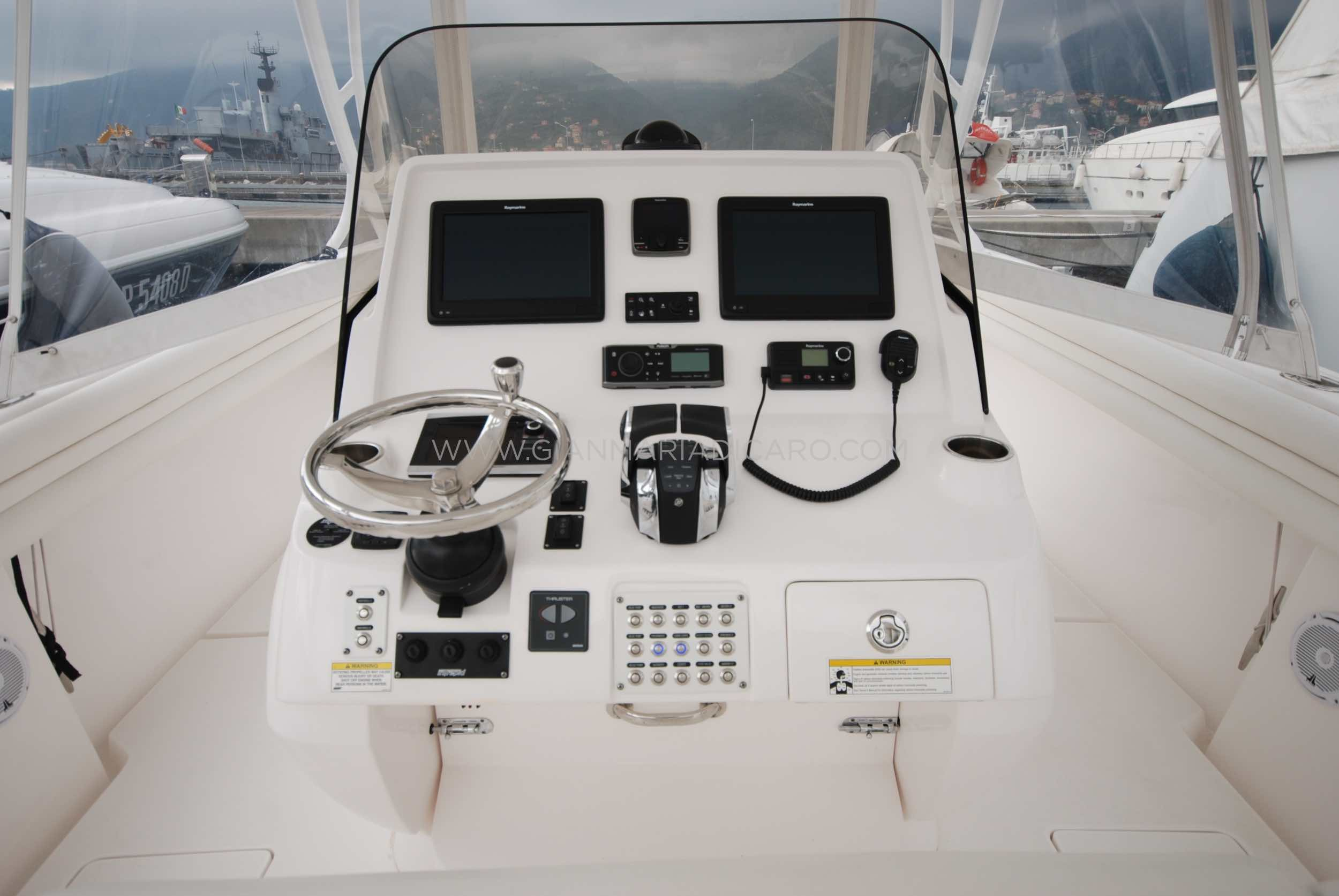 intrepid-400-centre-console-z-blonde-for-sale-10.jpg