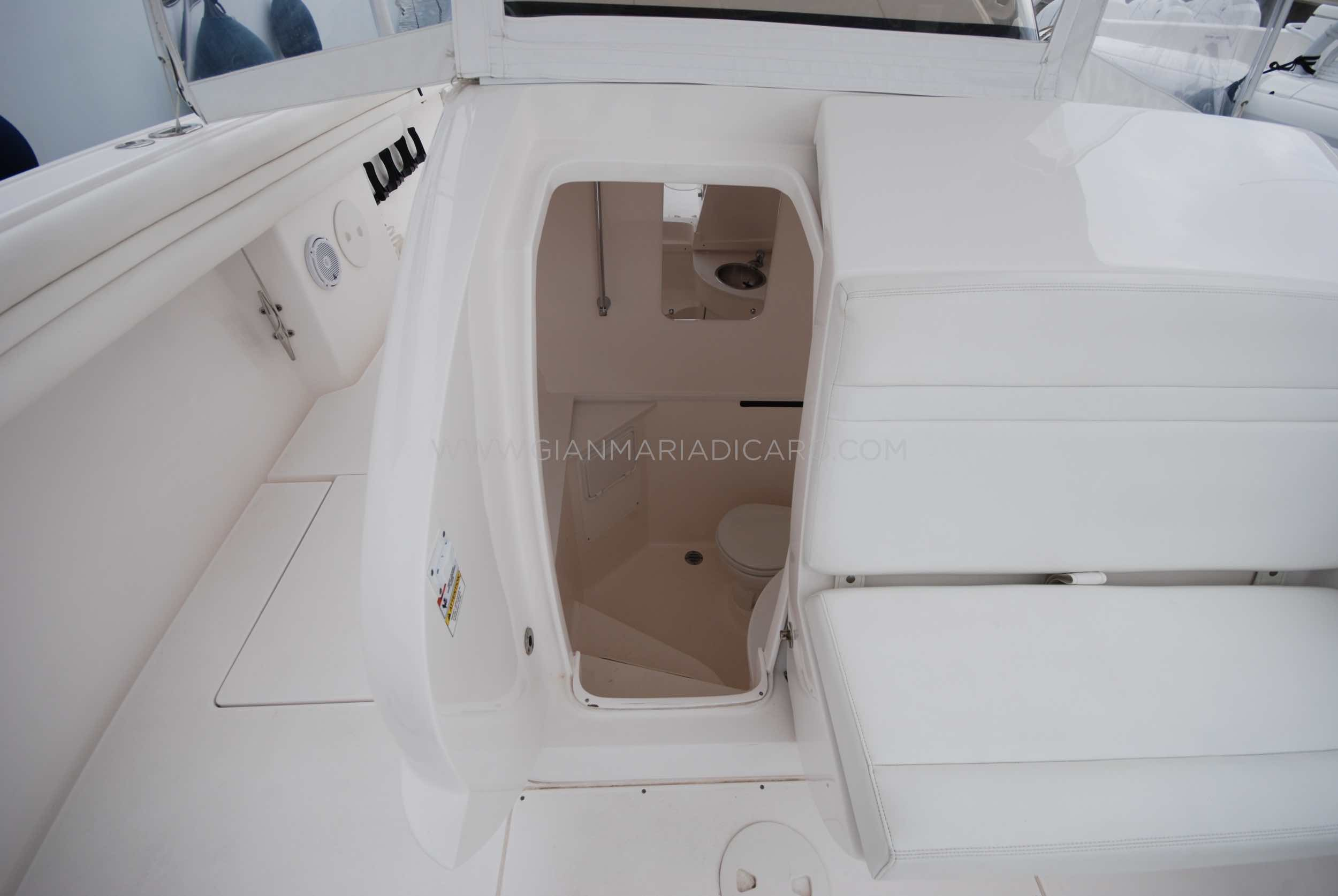 intrepid-400-centre-console-z-blonde-for-sale-11.jpg