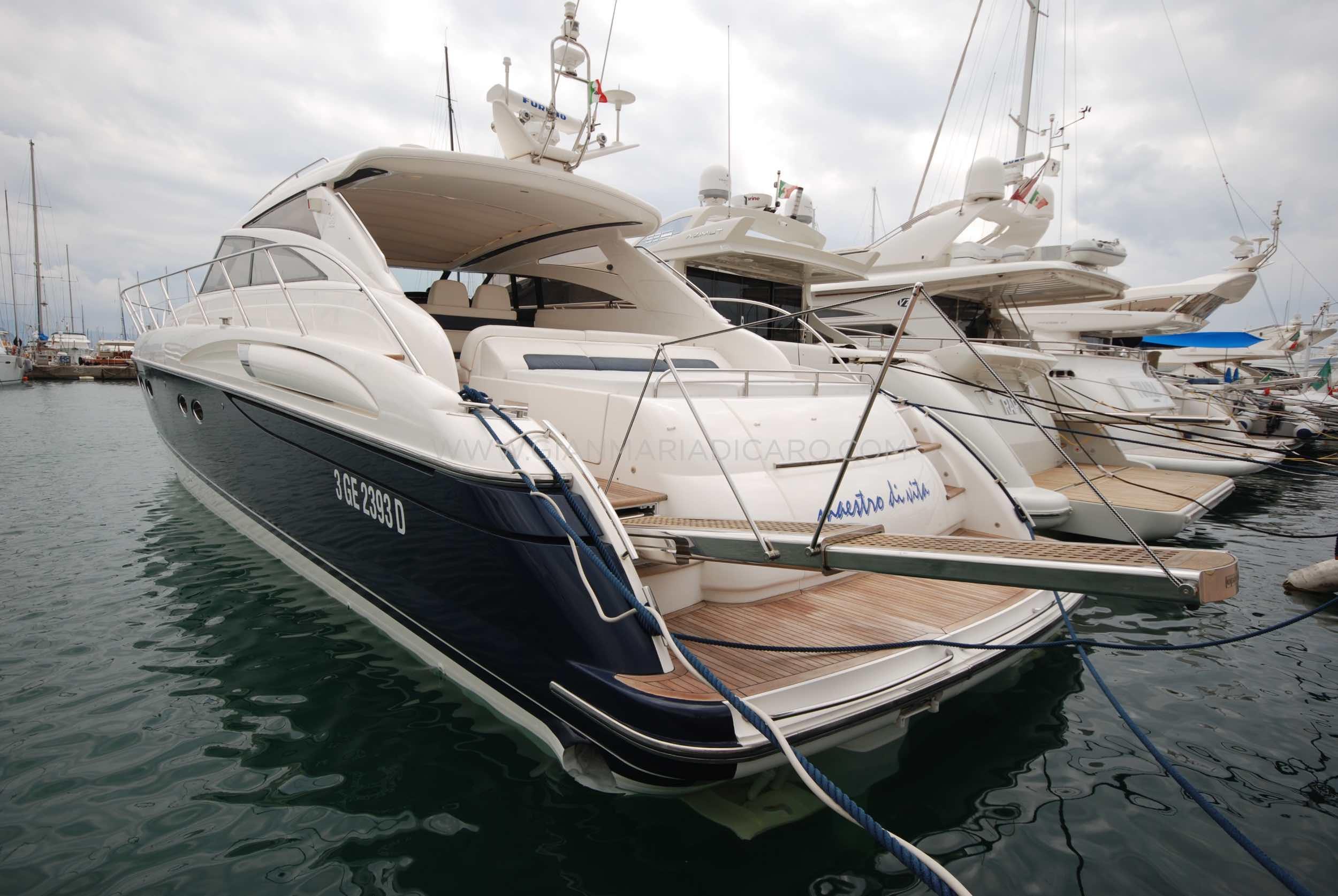 princess-yachts-v58-maestro-di-vita-for-sale-2.jpg