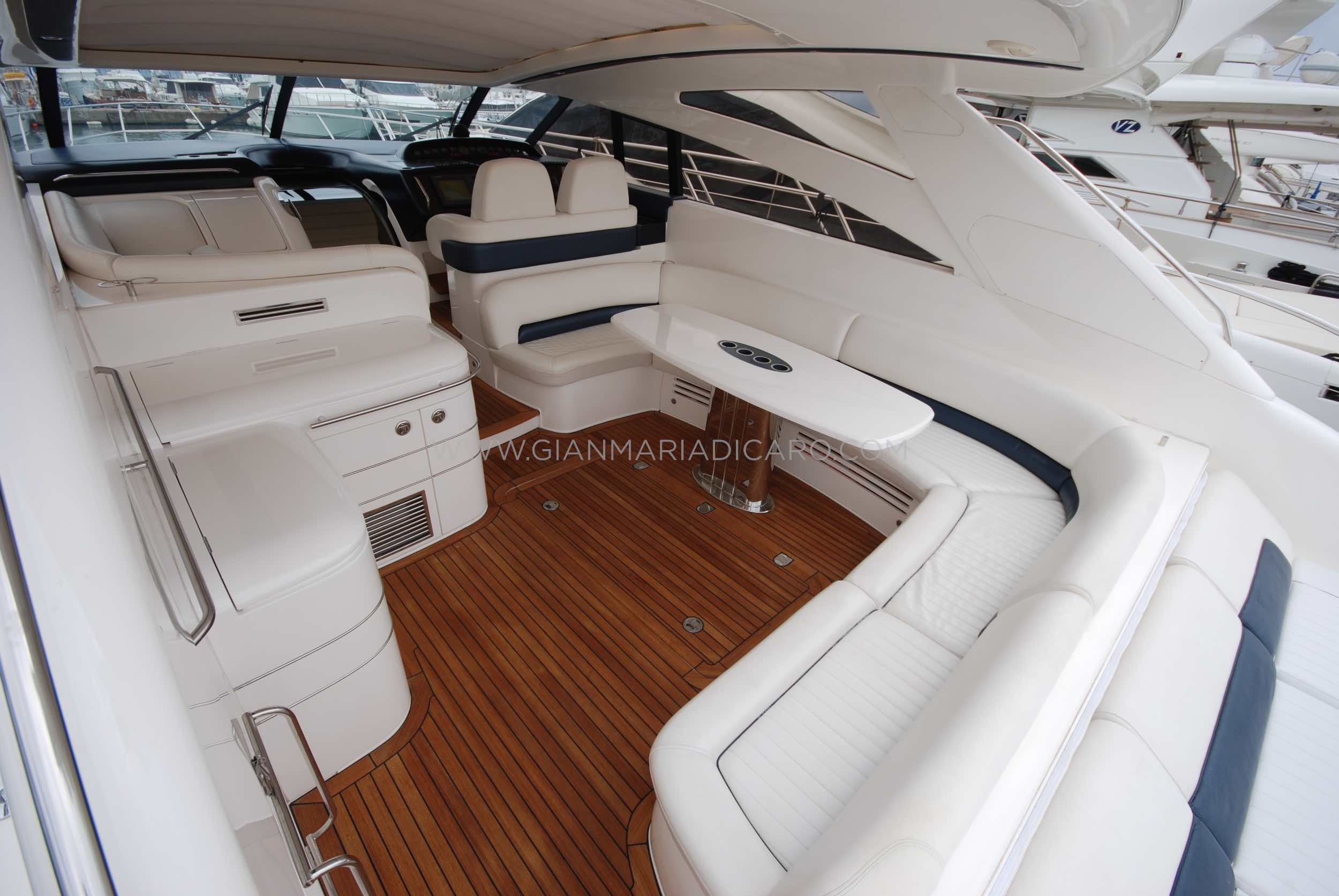 princess-yachts-v58-maestro-di-vita-for-sale-6.jpg