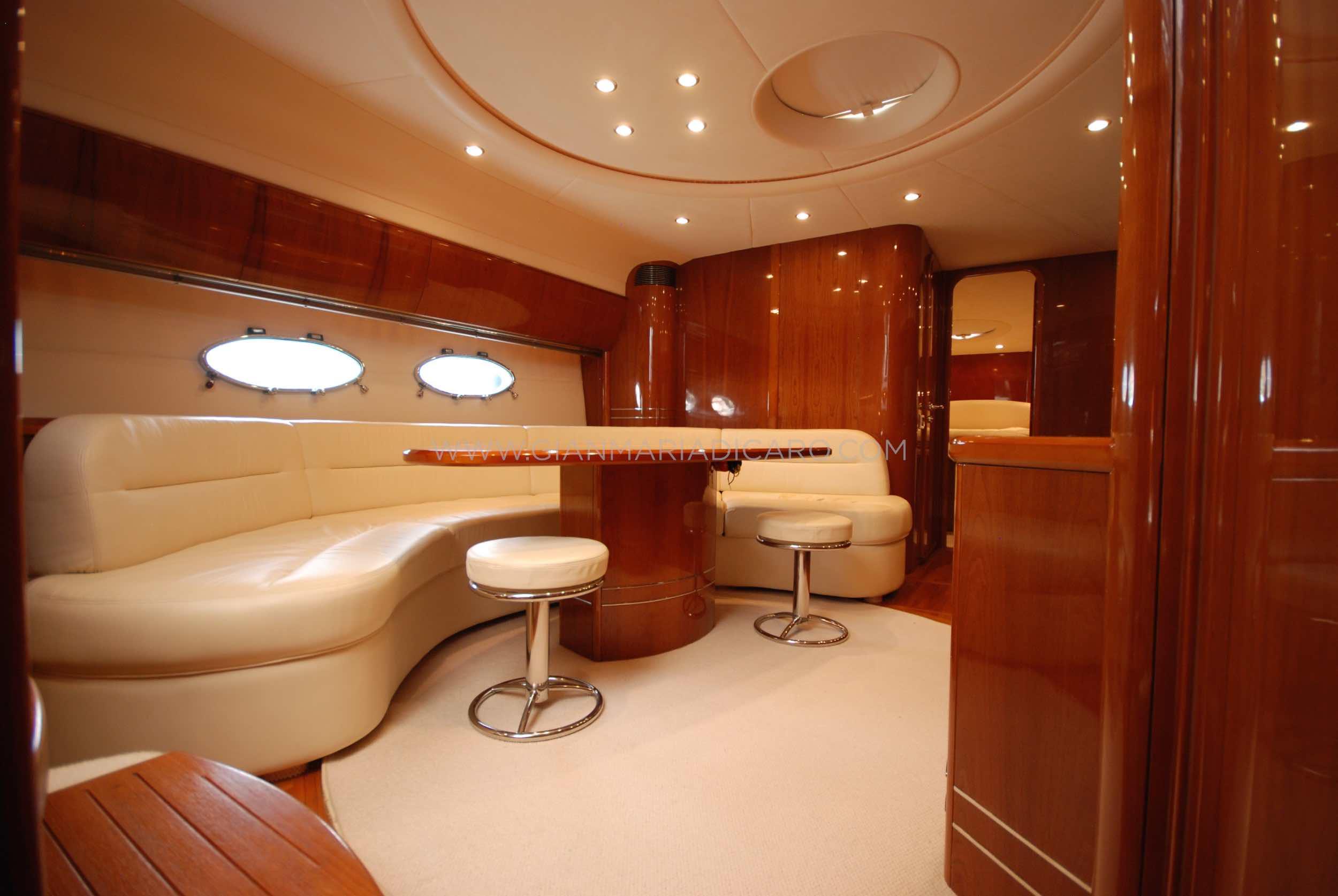 princess-yachts-v58-maestro-di-vita-for-sale-13.jpg