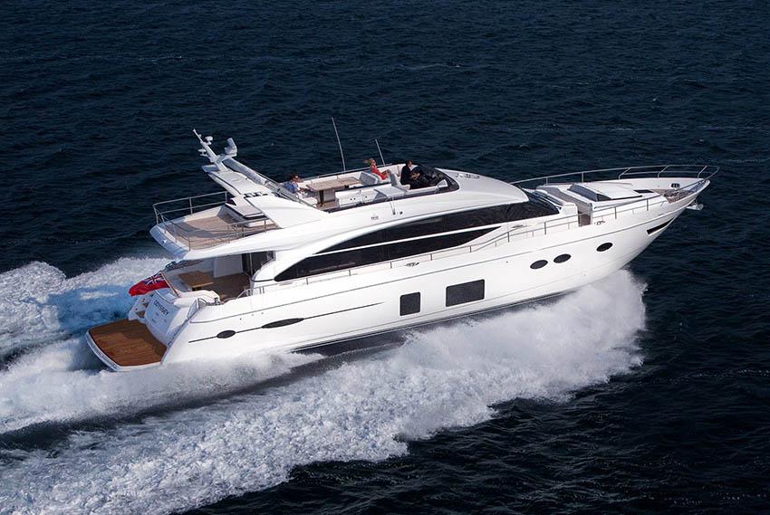 2017 Princess 82 'Floridian' - CAT C32 Acert • 1723 HP • 235 HOURS8 berths in 4 cabins • 4 bathrooms + CrewMonaco / €2.690,000 Ex VAT