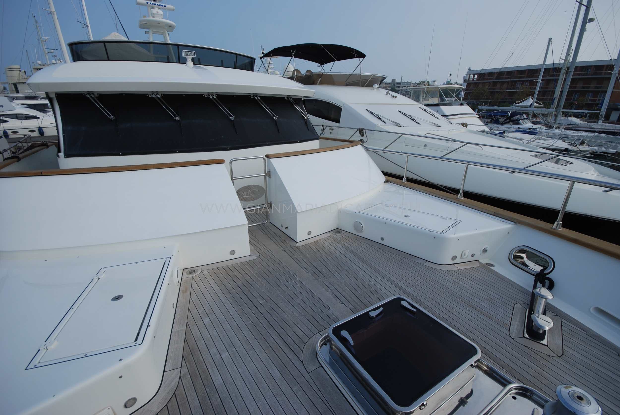 emys-yacht-22-unica-for-sale-35.jpg