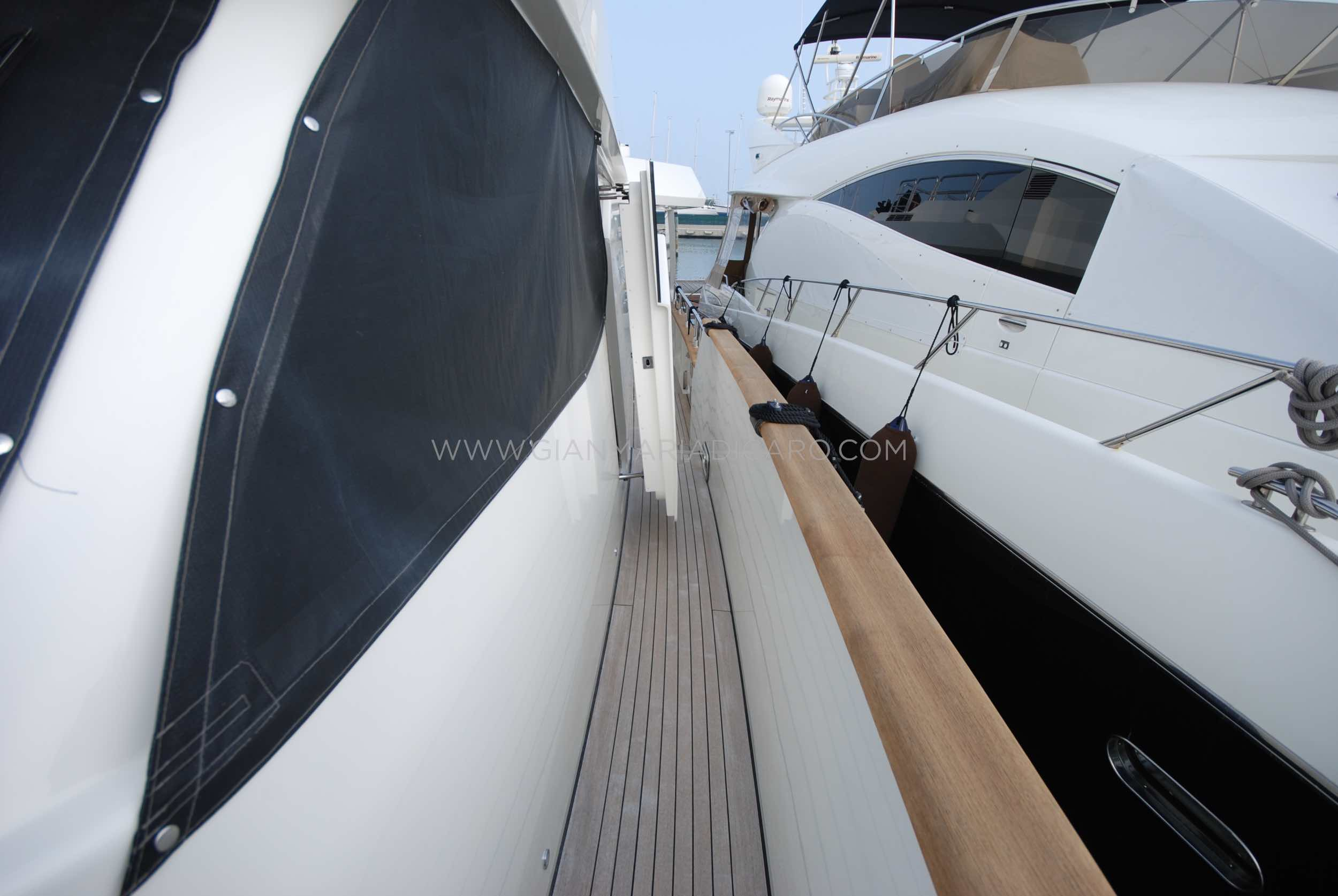 emys-yacht-22-unica-for-sale-37.jpg