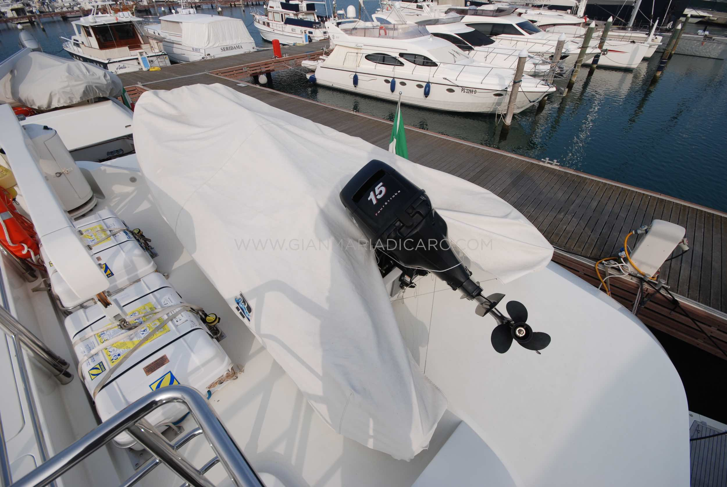emys-yacht-22-unica-for-sale-83.jpg