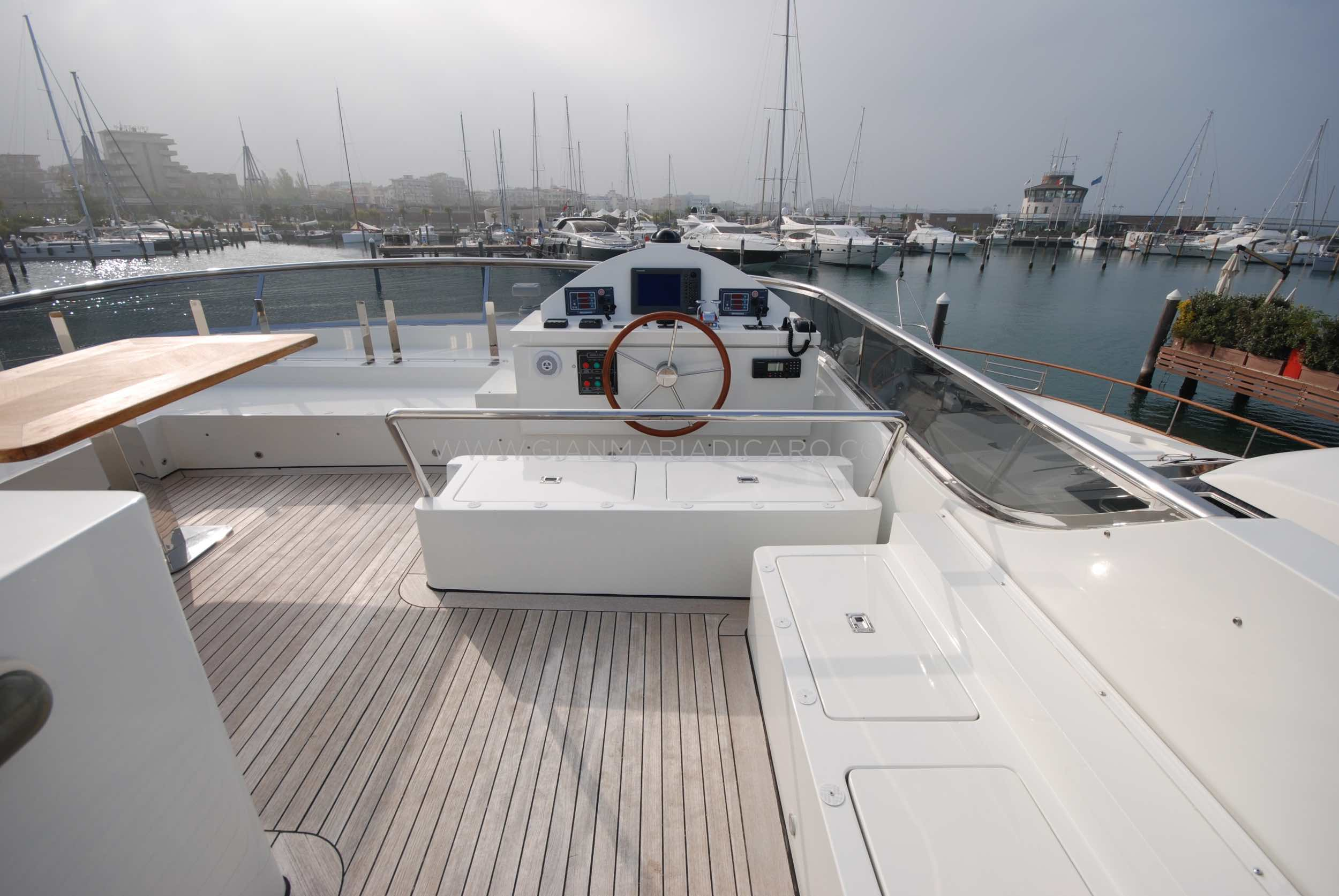 emys-yacht-22-unica-for-sale-92.jpg