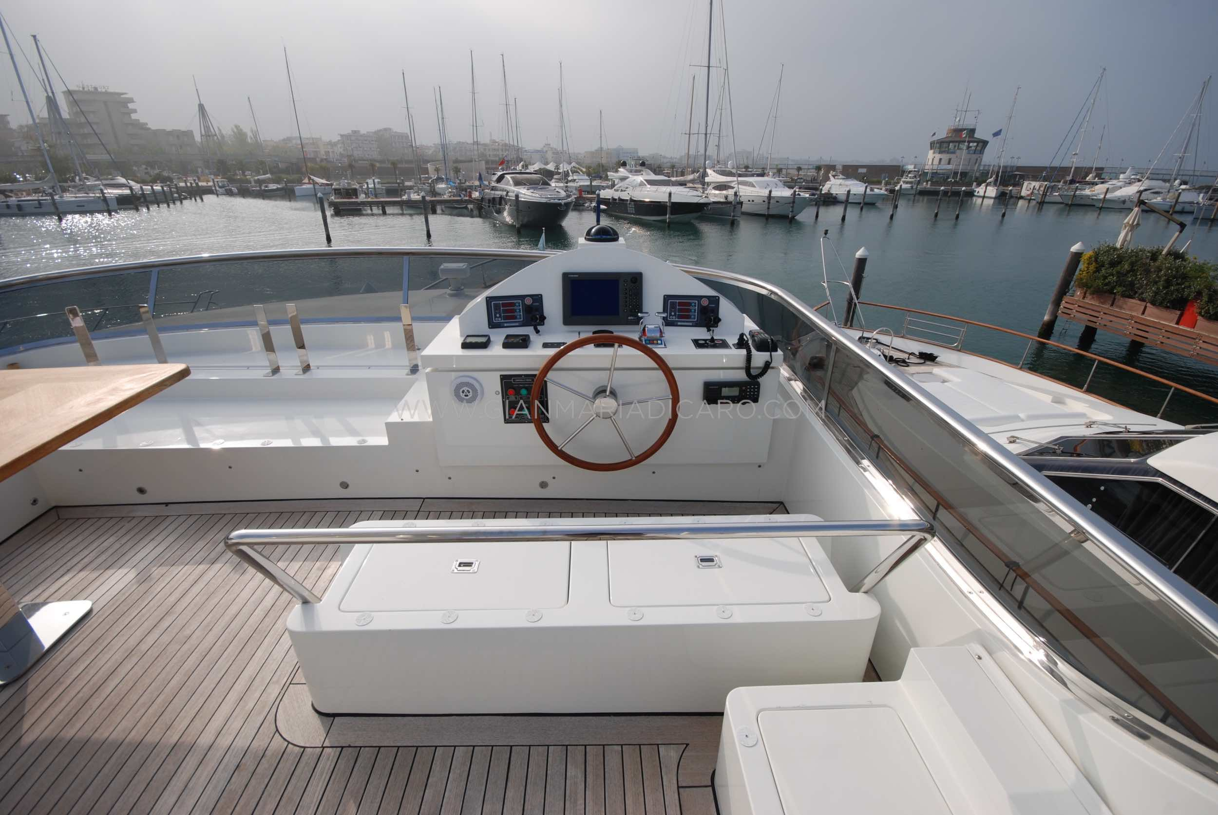emys-yacht-22-unica-for-sale-93.jpg
