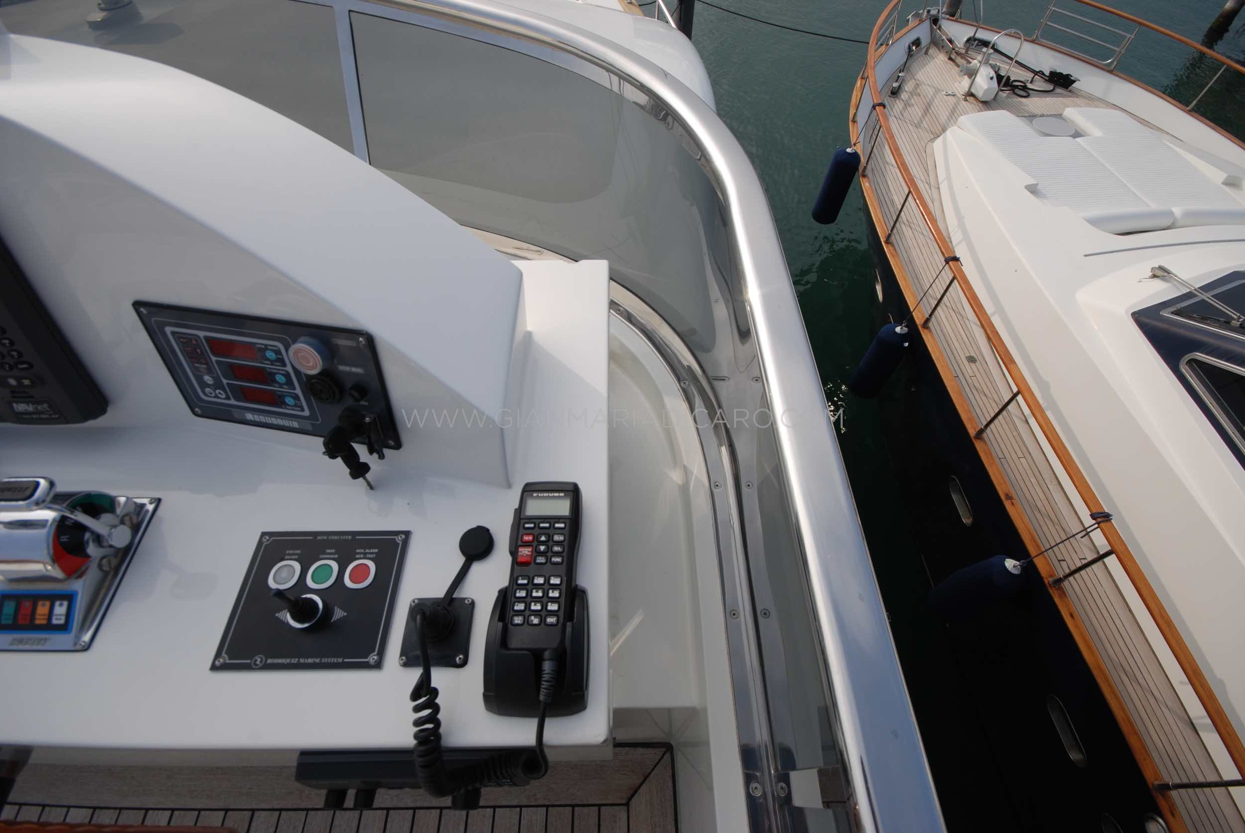 emys-yacht-22-unica-for-sale-96.jpg