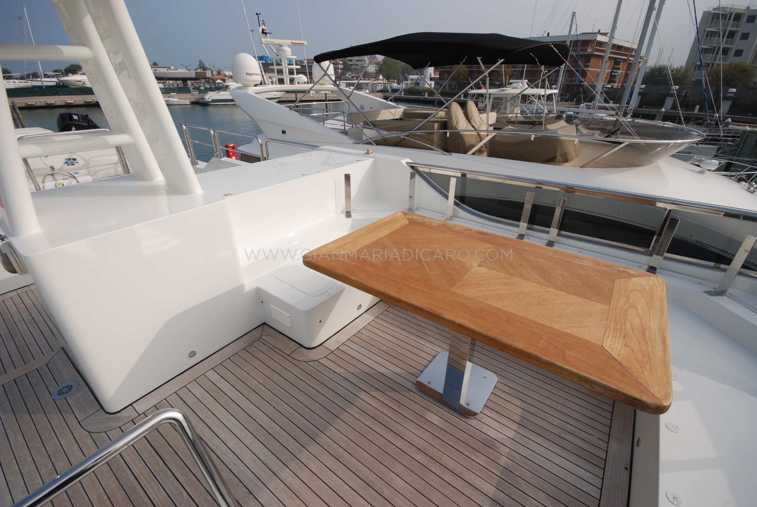 emys-yacht-22-unica-for-sale-100.jpg