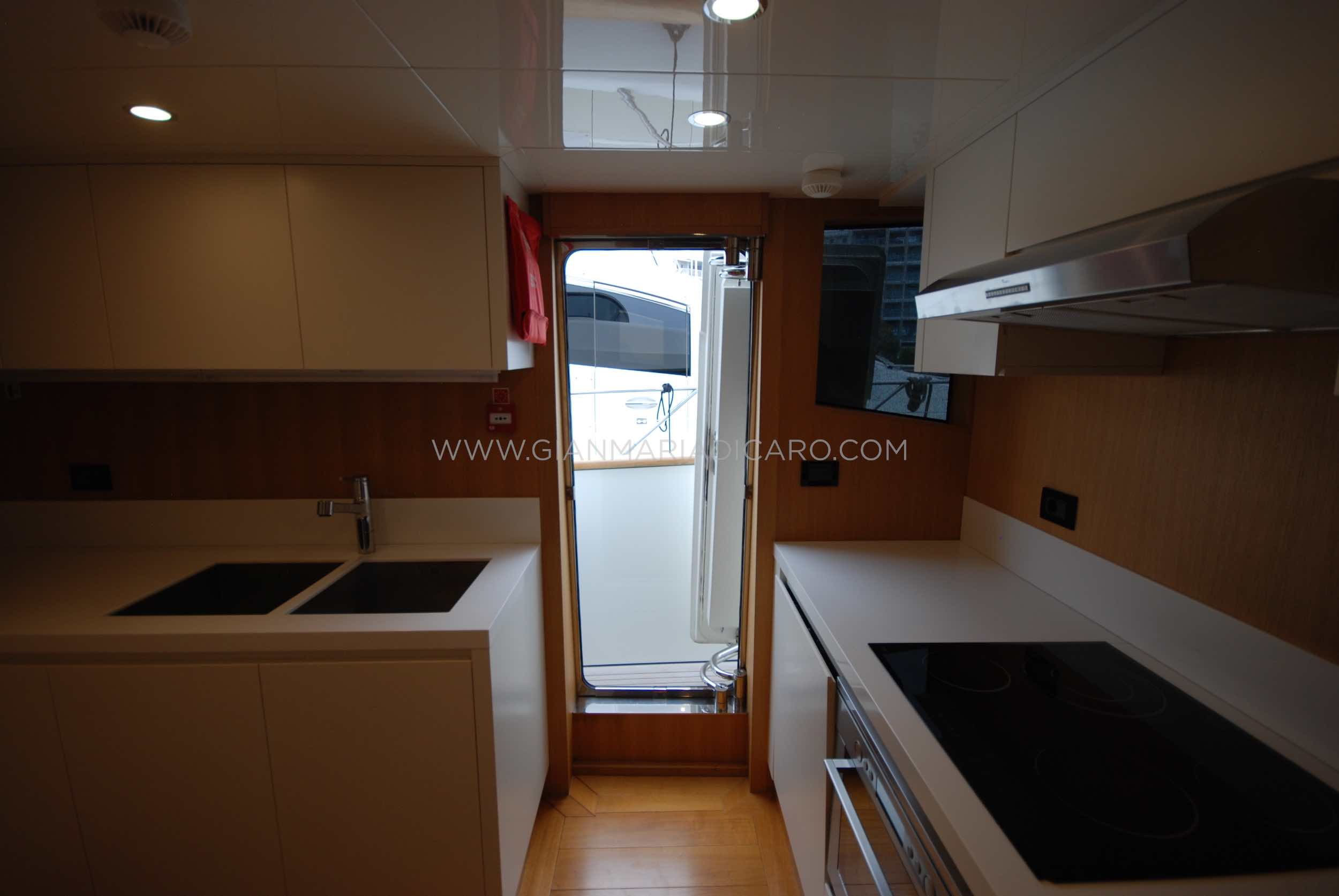 emys-yacht-22-unica-for-sale-136.jpg