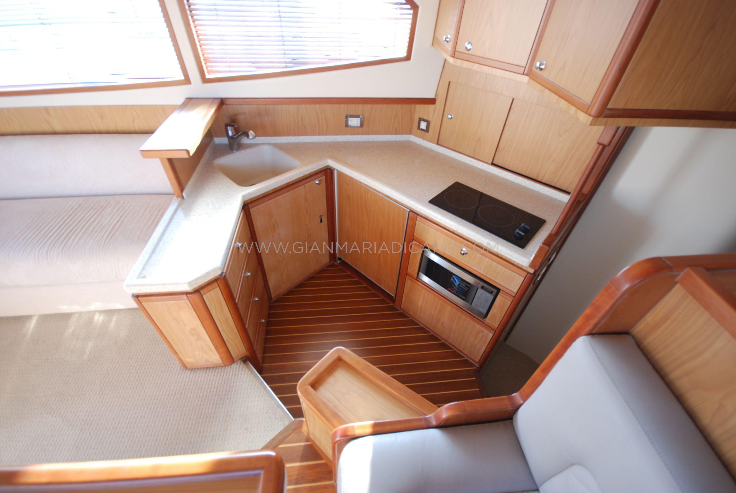 bertram-410-convertible-moppie-for-sale-6.jpg