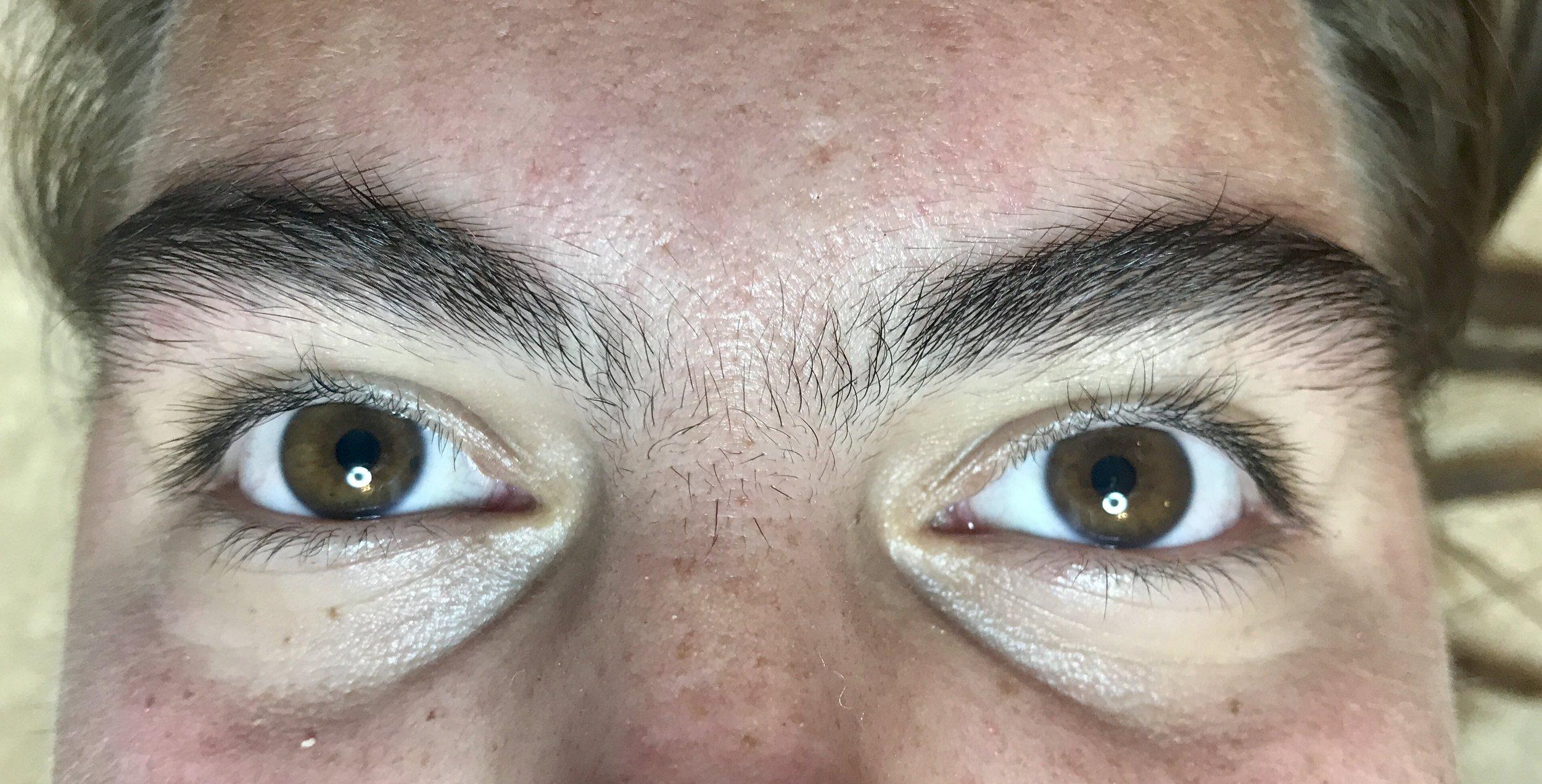 brow wax12.jpg