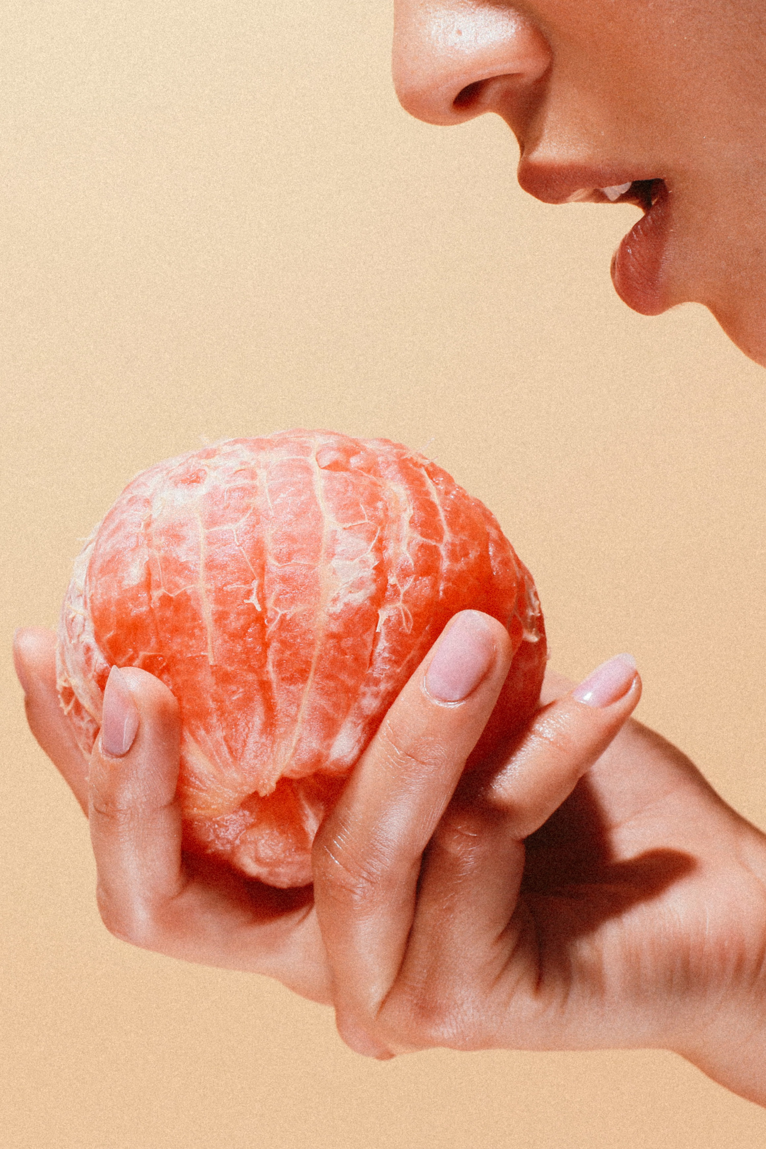 Grapefruit_BUDGETHUNGRY_FOOD_FRUIT_CHELSEAORTIZ_.jpg
