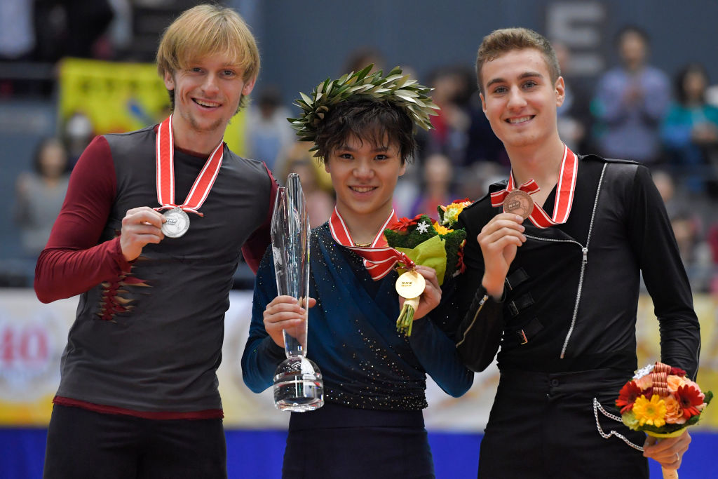 Men's Singles podium at NHK Trophy. Shoma Uno qualifies for the Grand Prix Final with two gold medals at NHK Trophy and Skate Canada (   Photo credit: ISU   )