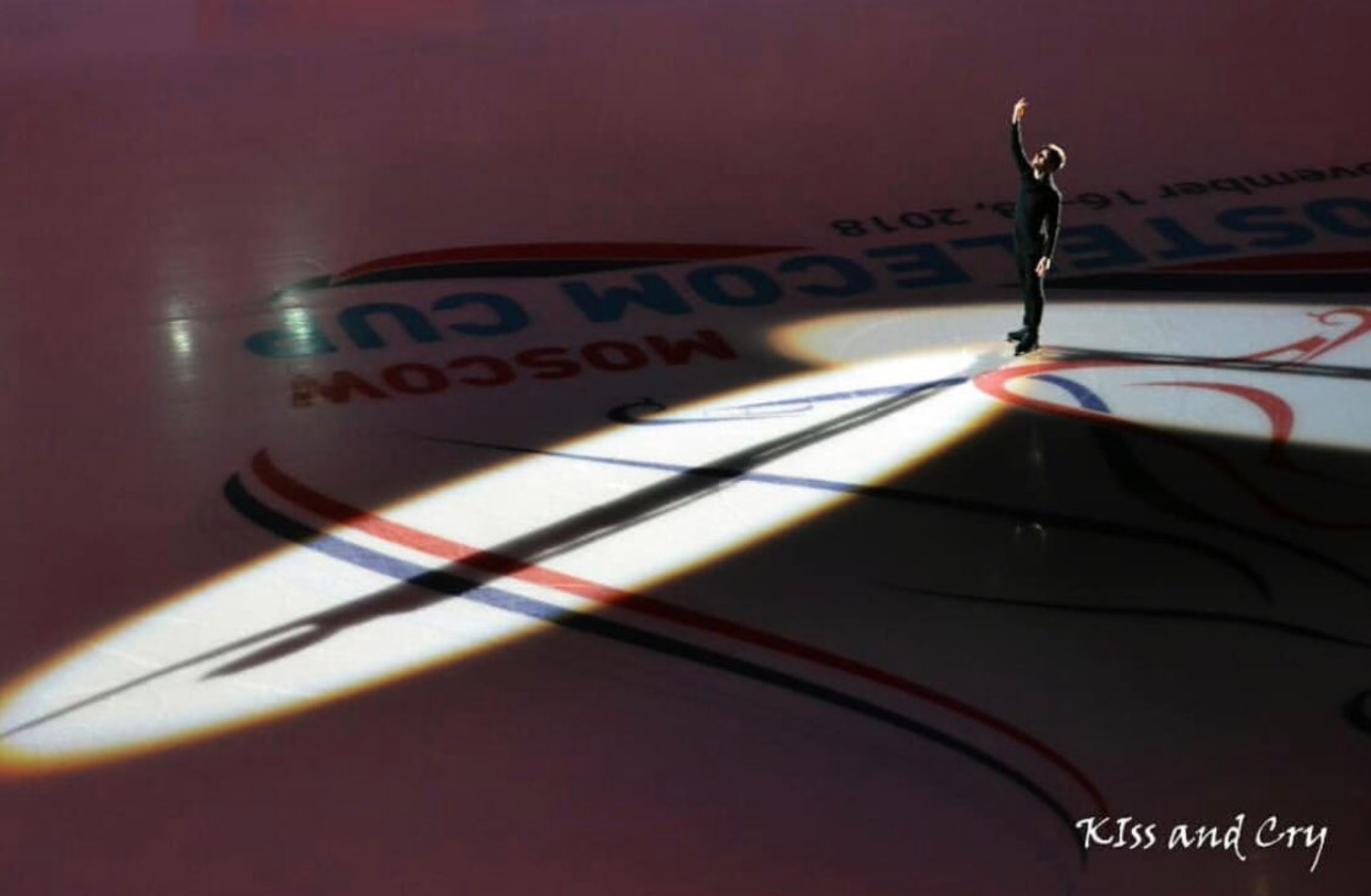Misha Ge skates a tribute to Denis Ten in the Opening Ceremony of Rostelecom Cup 2018 (   source   )