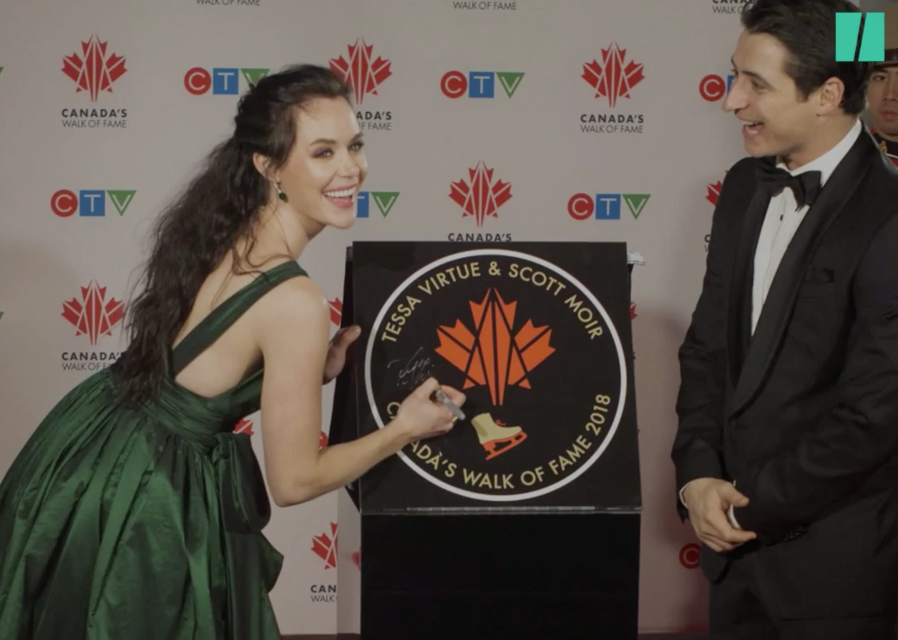Tessa Virtue and Scott Moir at the Canada's Walk of Fame ceremony (Photo credit:    Huffington Post Canada   )
