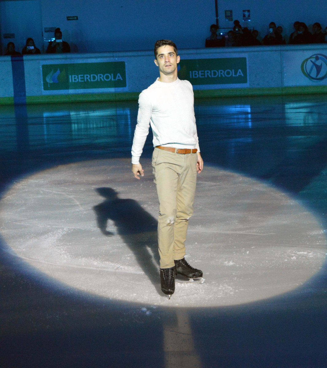Javier Fernandez (ESP) takes to the exhibition ice at Spanish Nationals (Photo credit:    Hieloespanol   )
