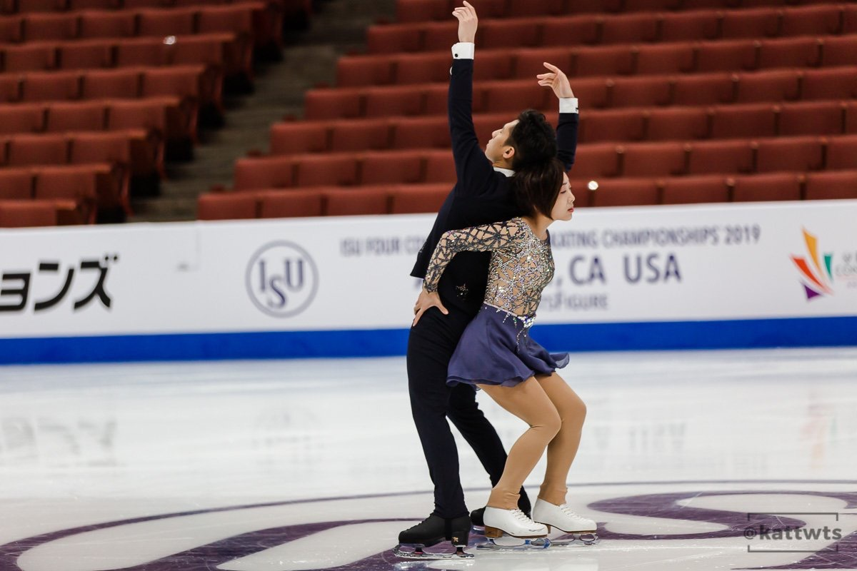 "Wenjing Sui and Cong Han (CHN) practising their ""No One Like You"" Short Program at Four Continents 2019 (   Source: Kat)"