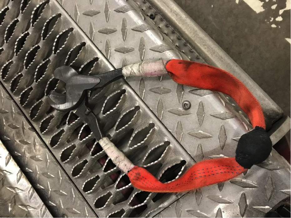 firefighter cable cutters_mod after.png