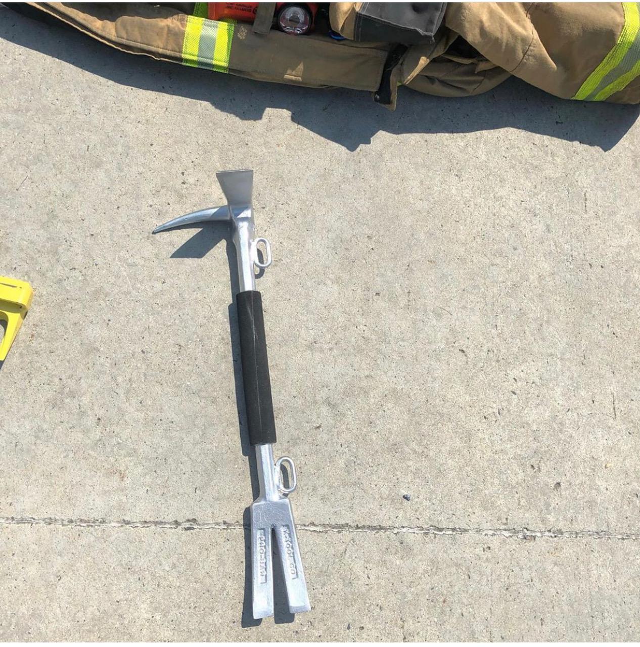 firefighter halligan probar.jpg