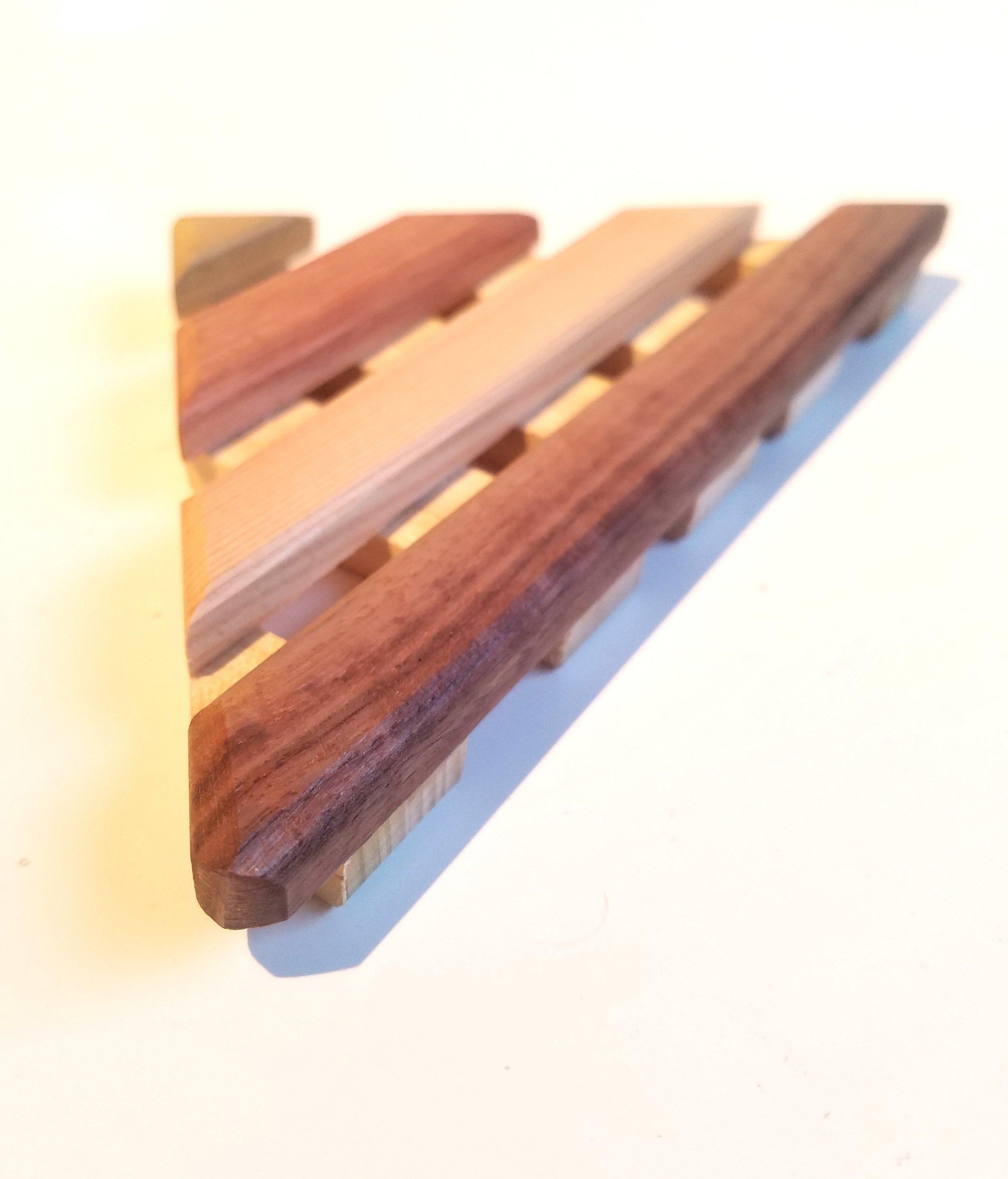 corner soap dish 2.jpg