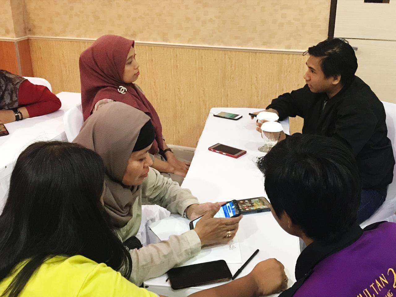 Household survey training, East Kalimantan, August 2019.  Photo: Febrina Prameswari