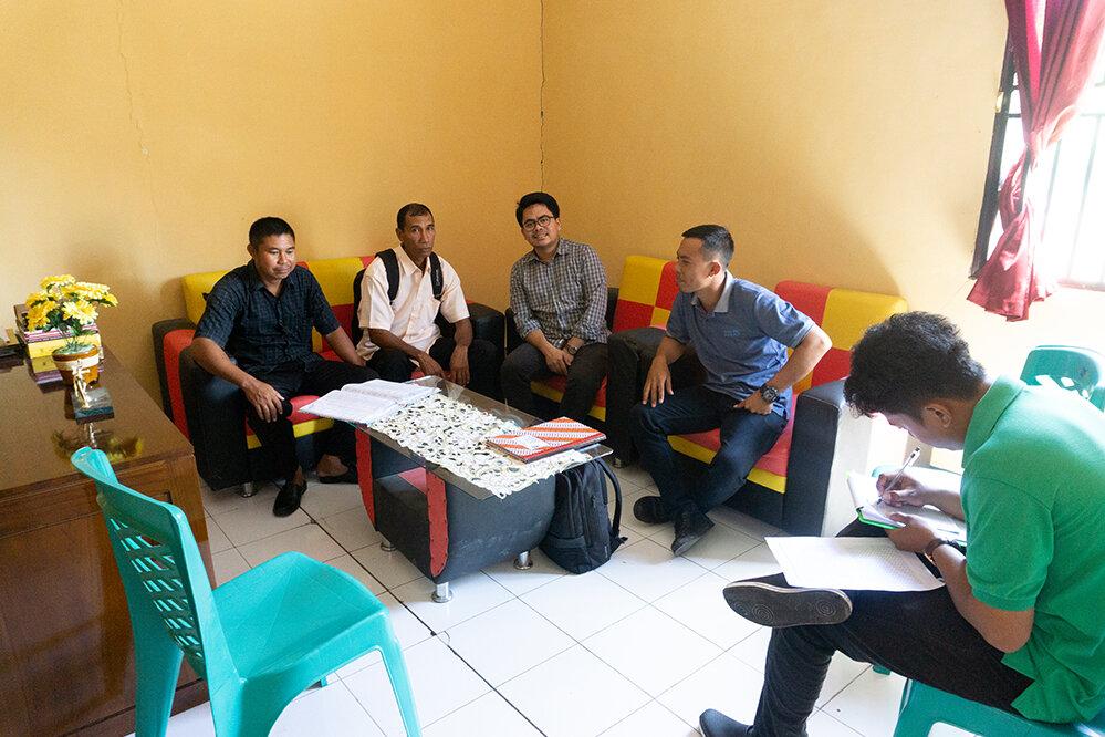 Stakeholder meetings during data collection.  Photo: Zenal Asikin