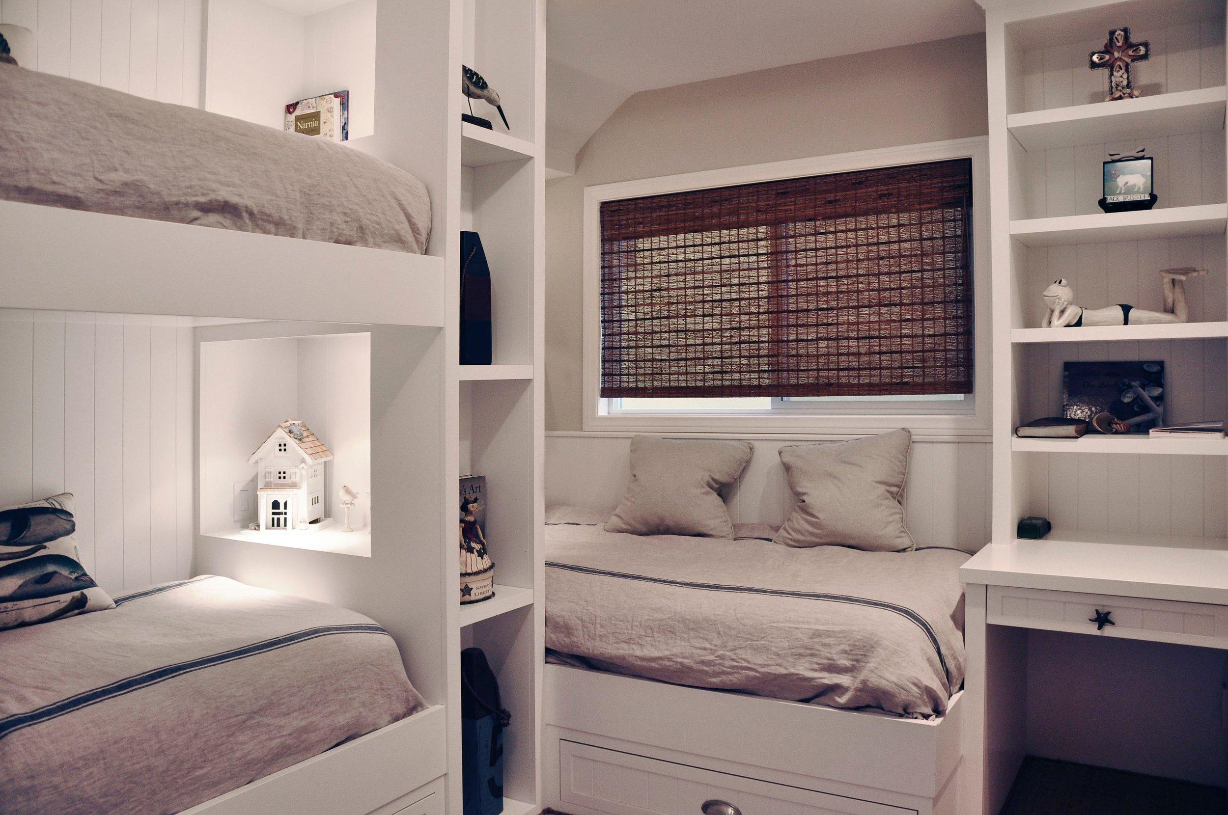Bunk Bed B - 02.jpg