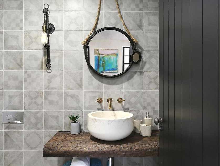 Lauren basins photo.JPG