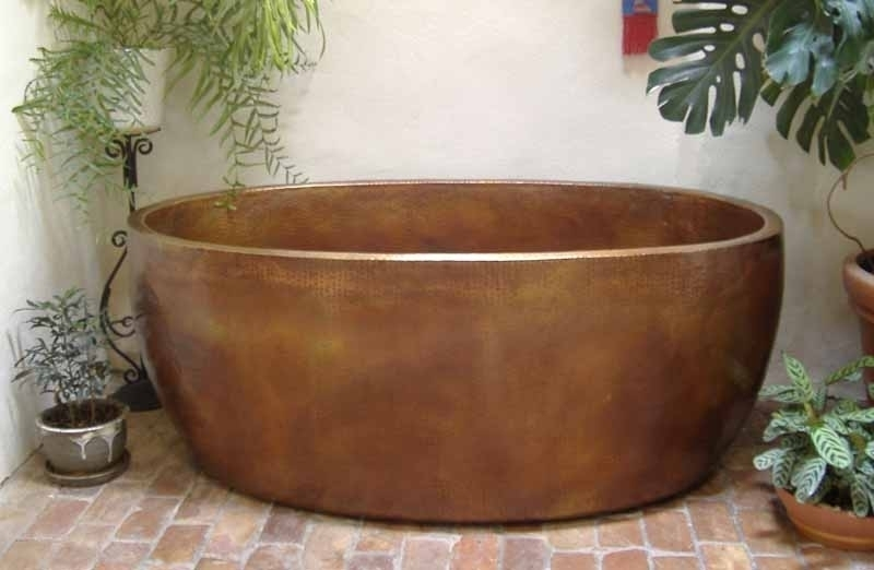 ROUND COPPER BATH.JPG