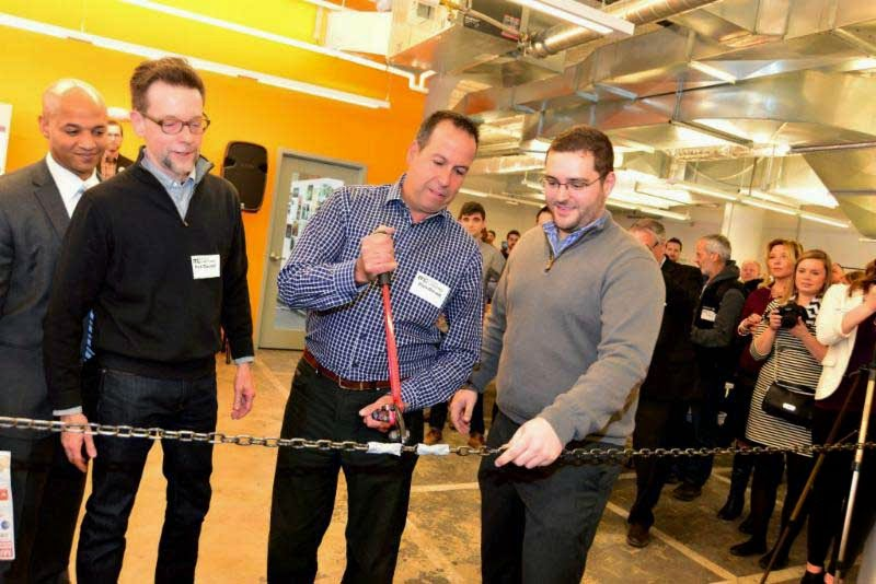 Rich-Breault-Lightspeed-MFG-cuts-chain-for-MassChallenge-March-10th-2015.jpg