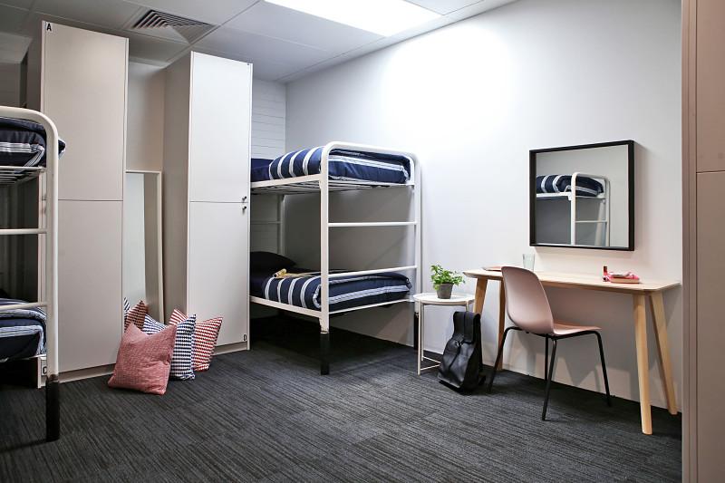 Spinners_Bedroom_Female_opt.jpg