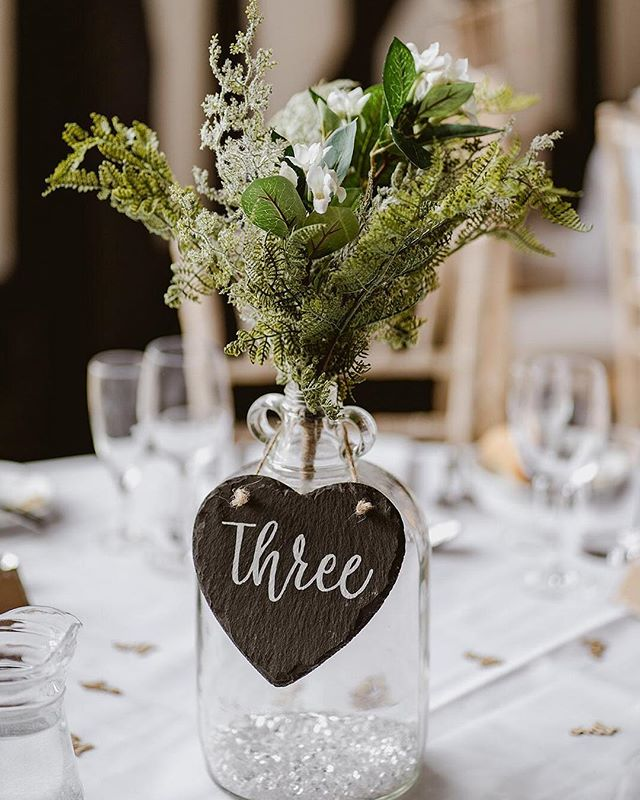 Gorgeous table name centre pieces ♥️ photo credits: @samandlouisephotography