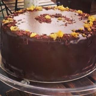 New cake Dark Chocolate & Orange cake- gluten free, chocolate, butter, eggs, cocoa powder, caster sugar, orange . #glutenfree #cake #cakes🎂 #london #portabello #foodie #summer #golborneroad #golbornedeli #golbornemarket