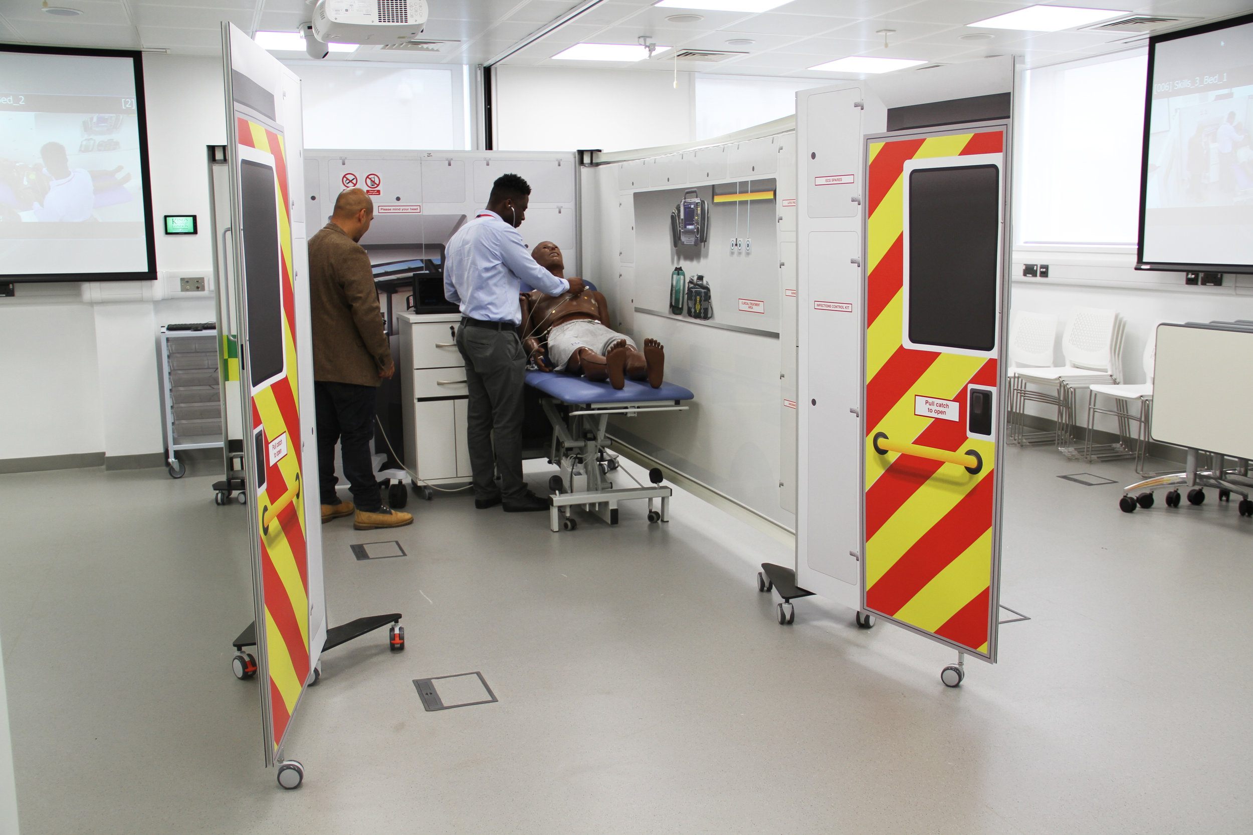 KwickScreen Simbulance for Medical Simulation Training at Imperial College London