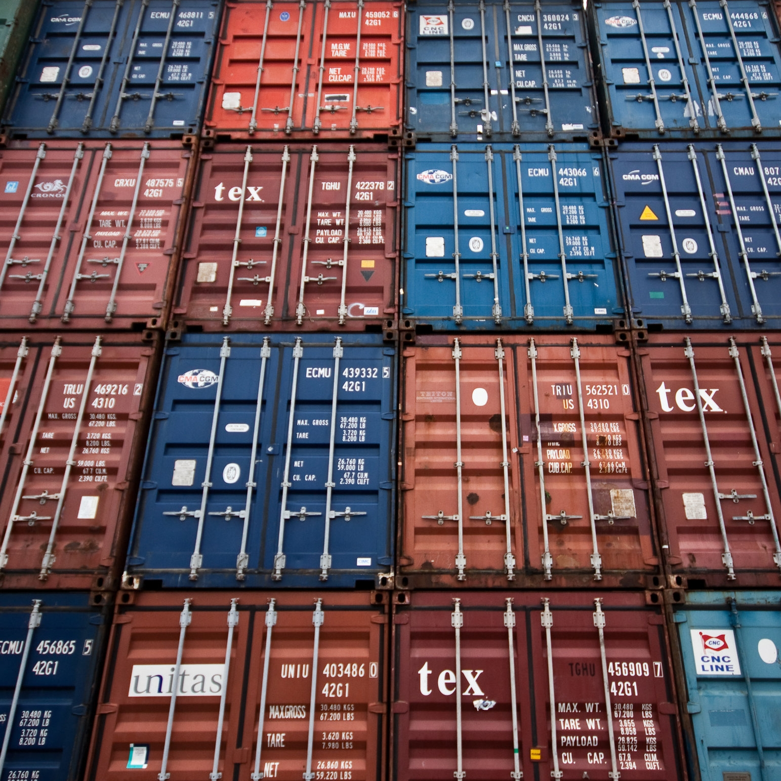 784777-multicolored-containers.jpg