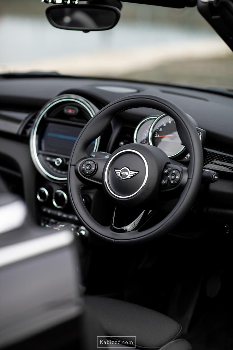 2019_mini_convertible_black_automotive_photography_kabizzz-8.jpg