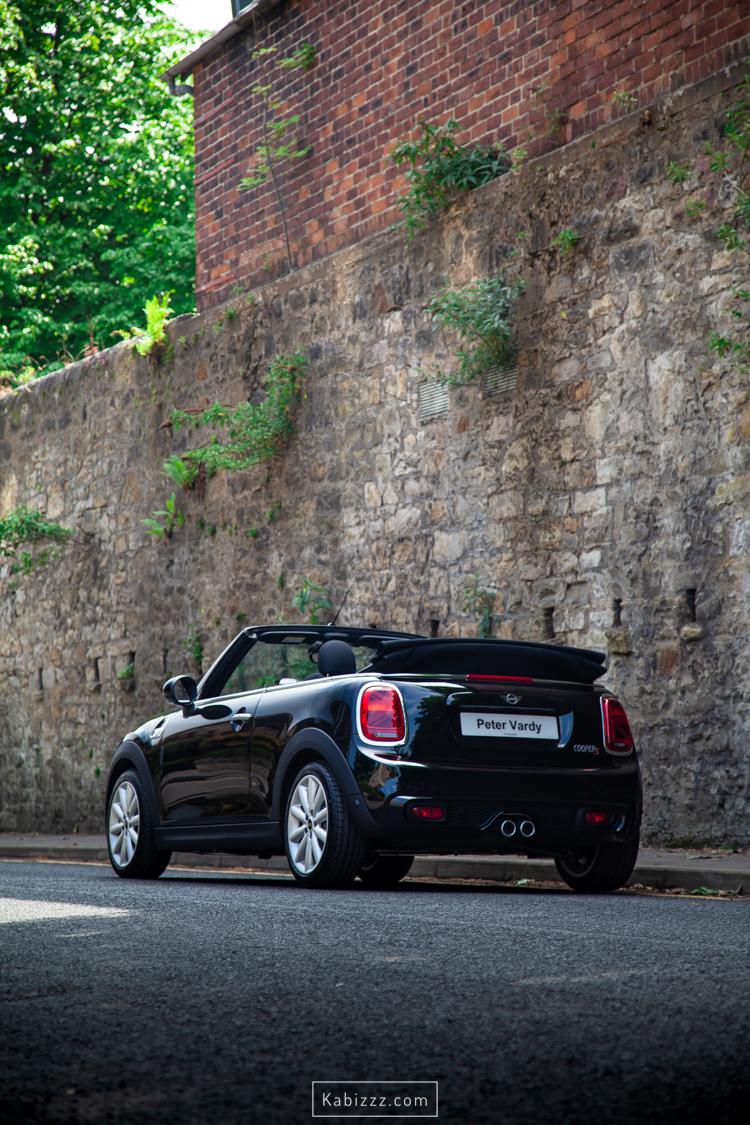 2019_mini_convertible_black_automotive_photography_kabizzz-15.jpg